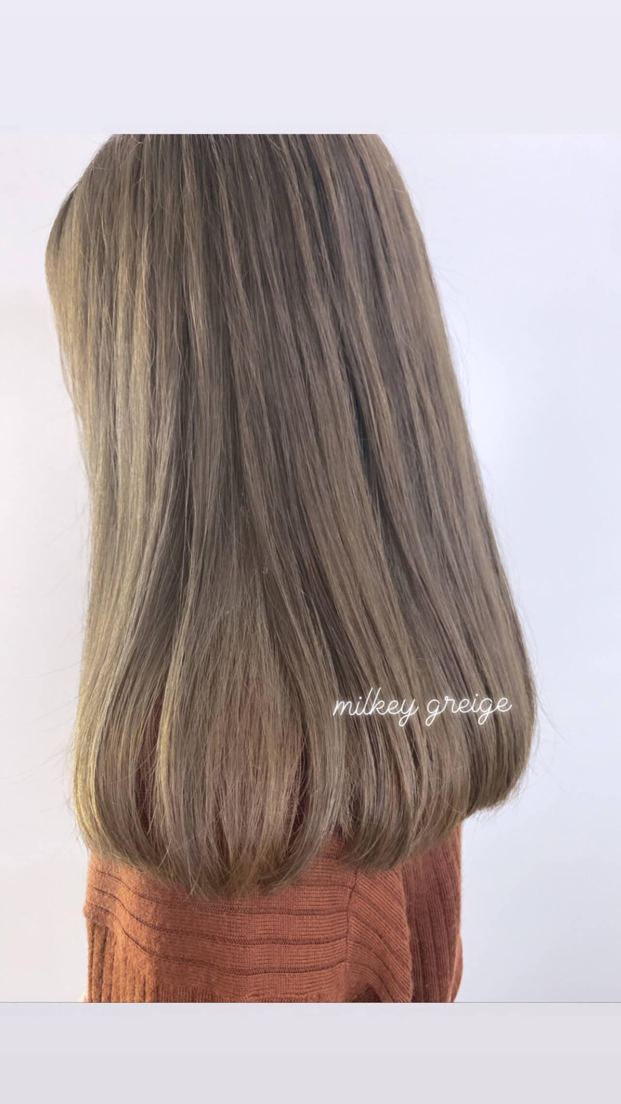 ベージュ ミルクティーグレージュ ミルクティーベージュ ガーリーヘアスタイルや髪型の写真・画像