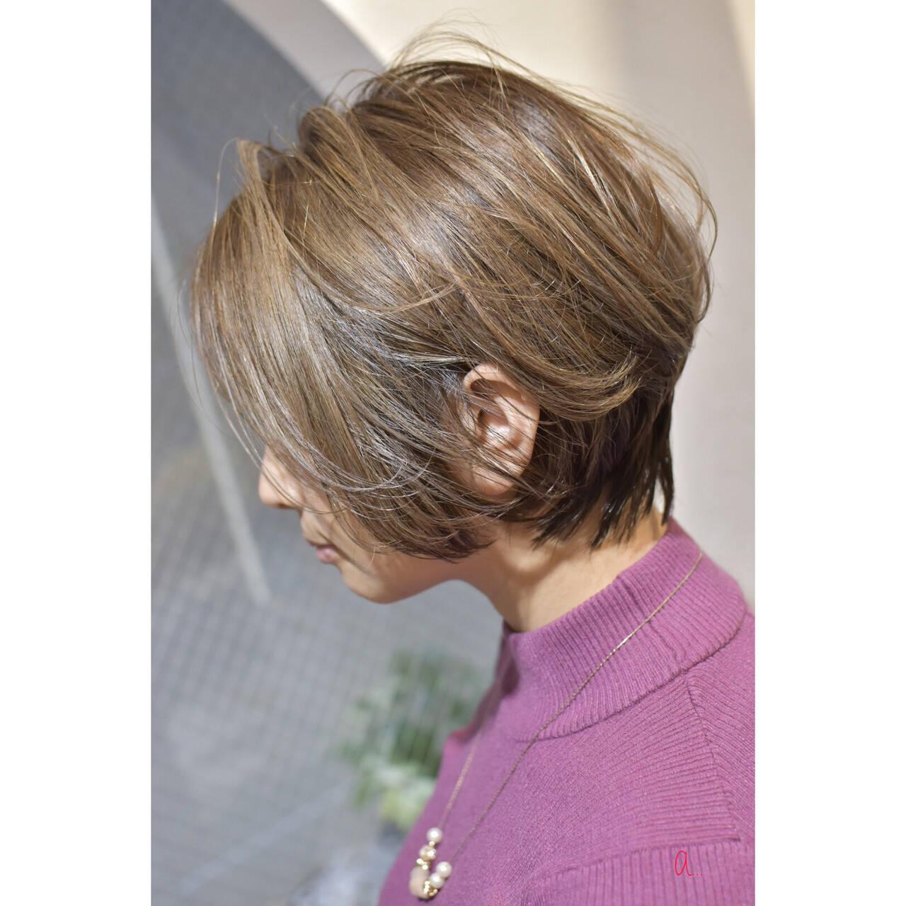 ハイトーンカラー ハンサムショート 大人ショート ショートヘアスタイルや髪型の写真・画像