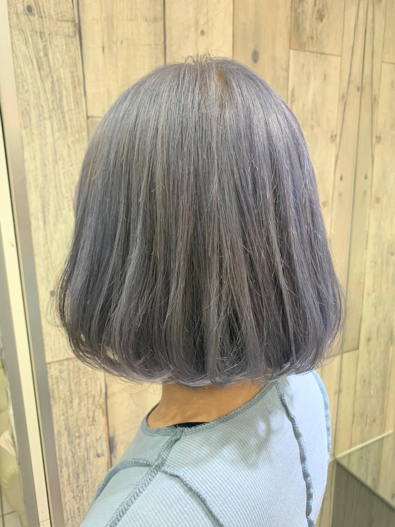 アンニュイほつれヘア ボブ アッシュベージュ ホワイトグレージュヘアスタイルや髪型の写真・画像