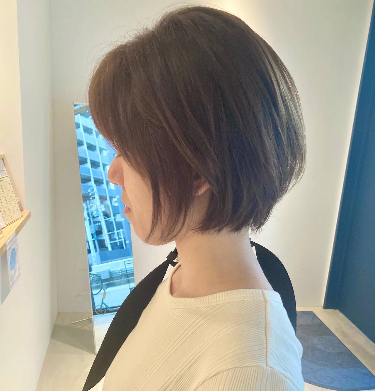 ショート 耳かけ ショートヘア ナチュラルヘアスタイルや髪型の写真・画像