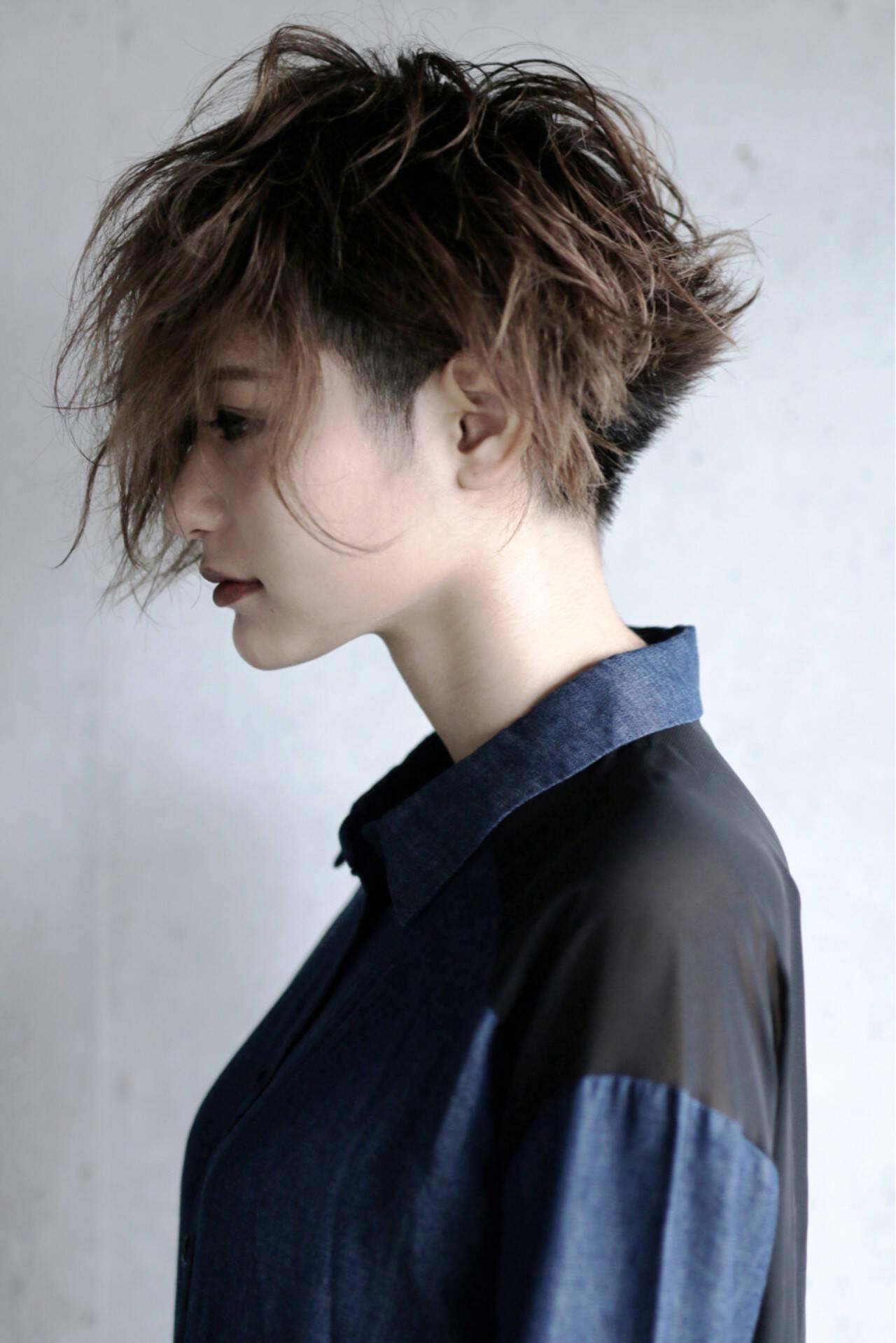 大人女子 ショート モード 刈り上げヘアスタイルや髪型の写真・画像
