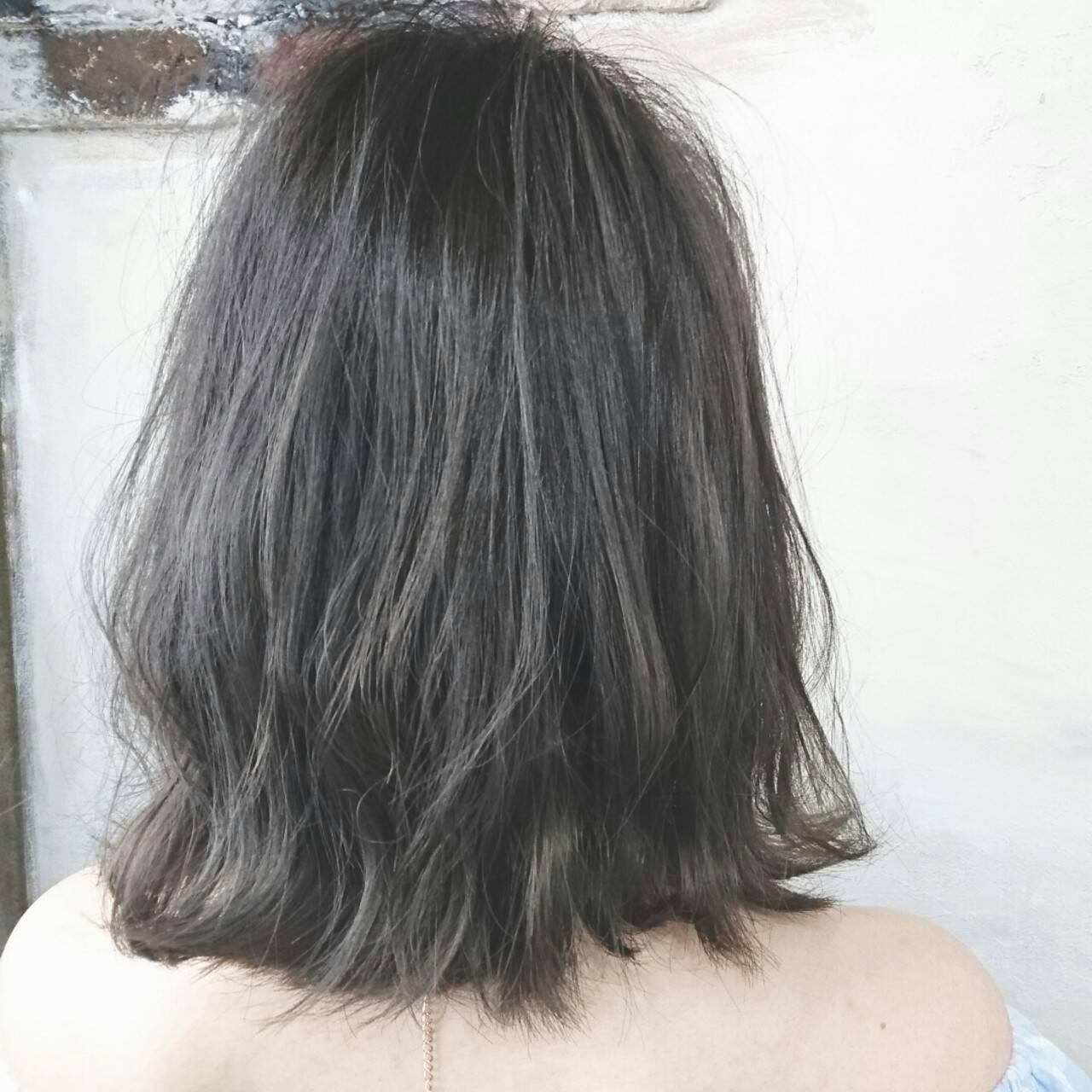 ナチュラル アッシュグレー ボブ グレージュヘアスタイルや髪型の写真・画像