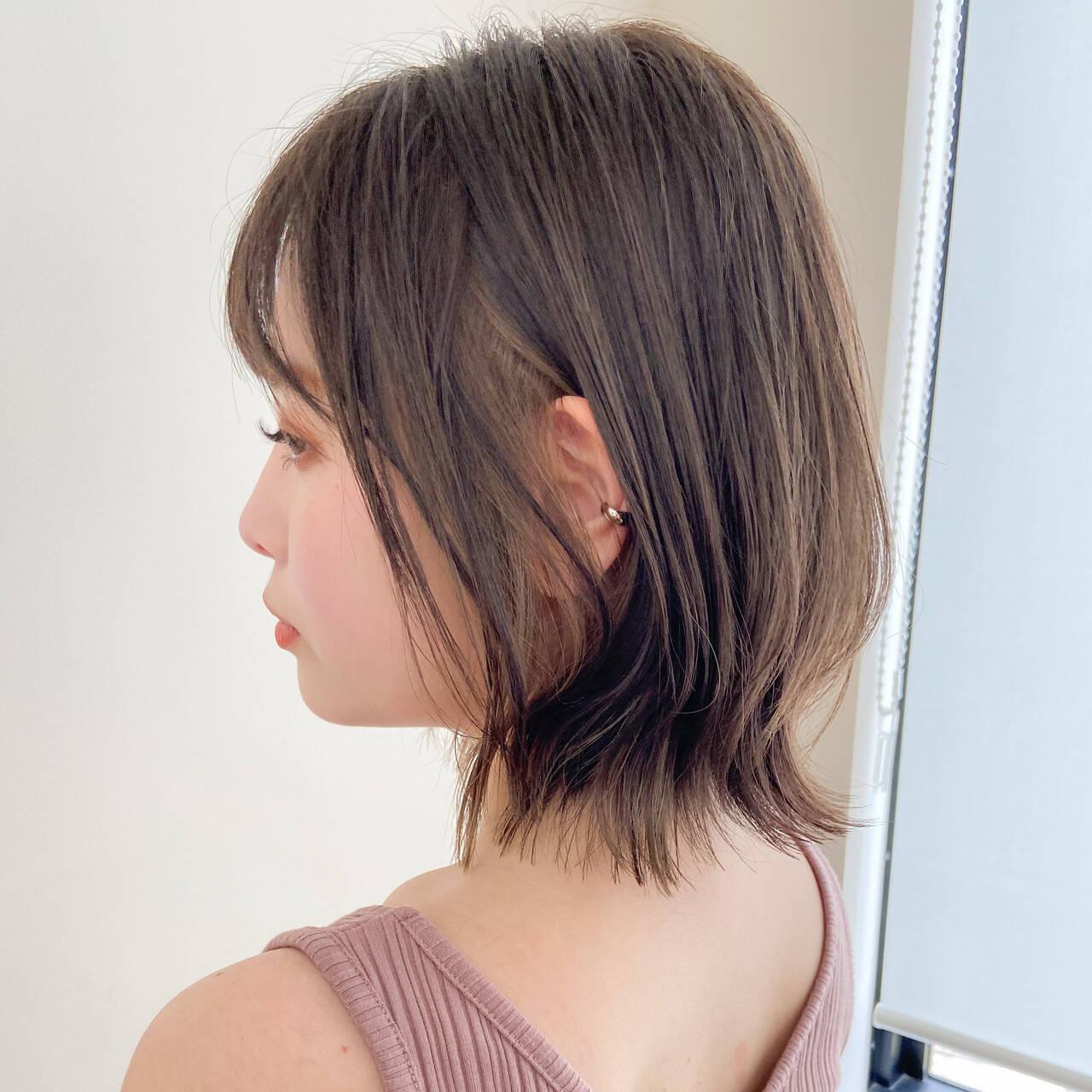 デジタルパーマ ウルフカット ミルクティーベージュ ミディアムヘアスタイルや髪型の写真・画像