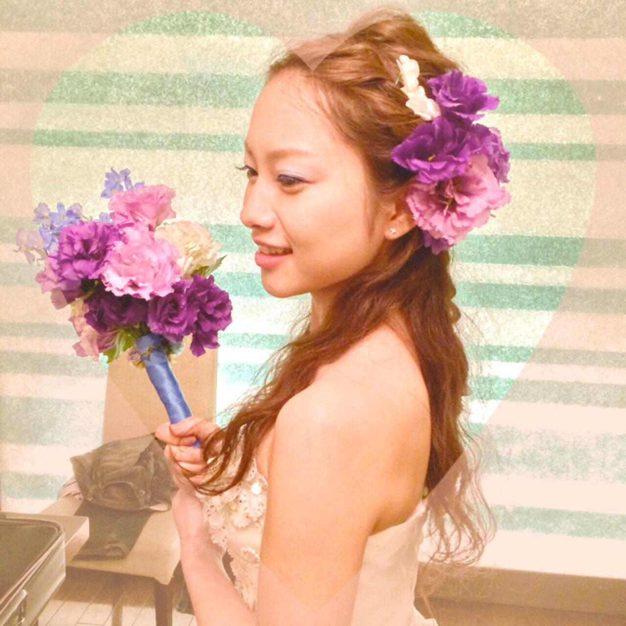 ヘアアレンジ ナチュラル ゆるふわ 花ヘアスタイルや髪型の写真・画像