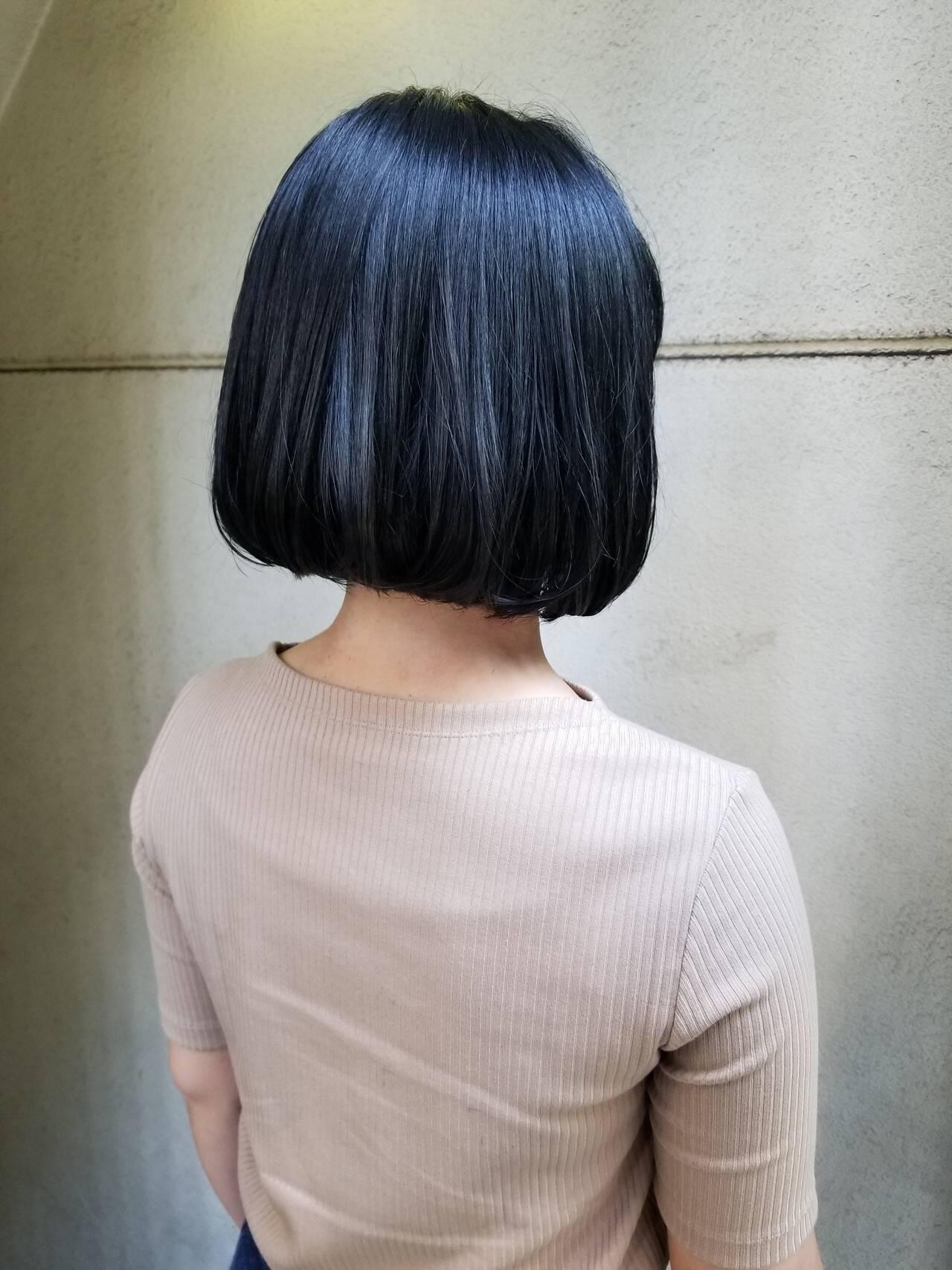 ブルージュ 切りっぱなしボブ ブルーアッシュ かっこいいヘアスタイルや髪型の写真・画像