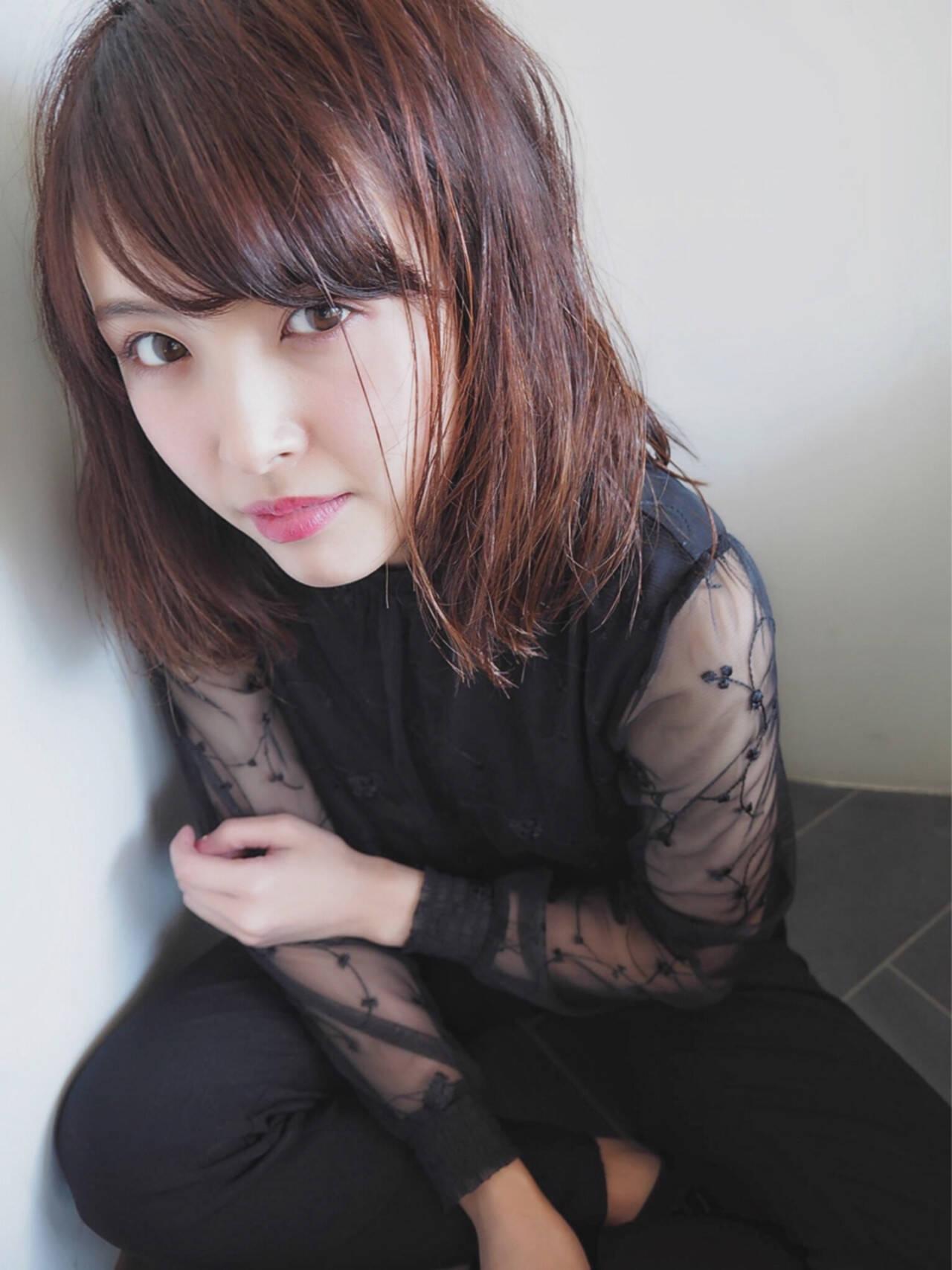 大人女子 ミディアム ニュアンス デートヘアスタイルや髪型の写真・画像