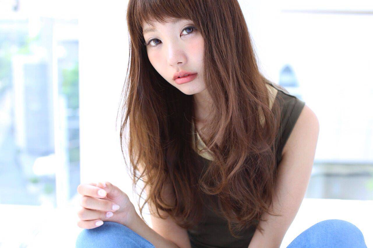 パンク 抜け感 ロング シースルーバングヘアスタイルや髪型の写真・画像