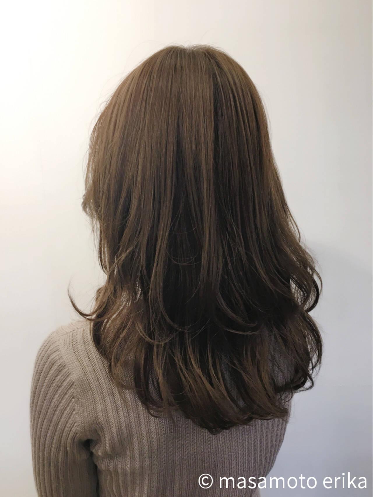外ハネ こなれ感 セミロング 愛されヘアスタイルや髪型の写真・画像