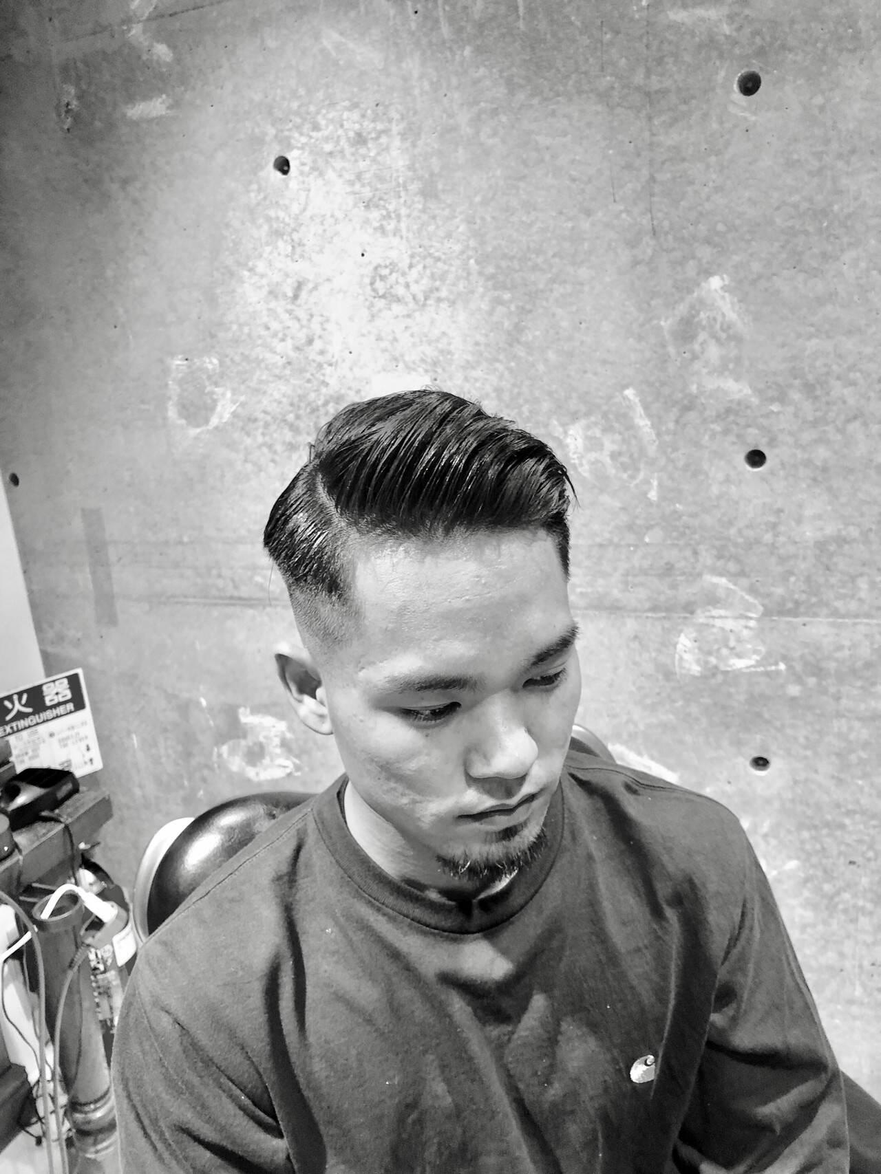 メンズヘア ショート ナチュラル スキンフェードヘアスタイルや髪型の写真・画像