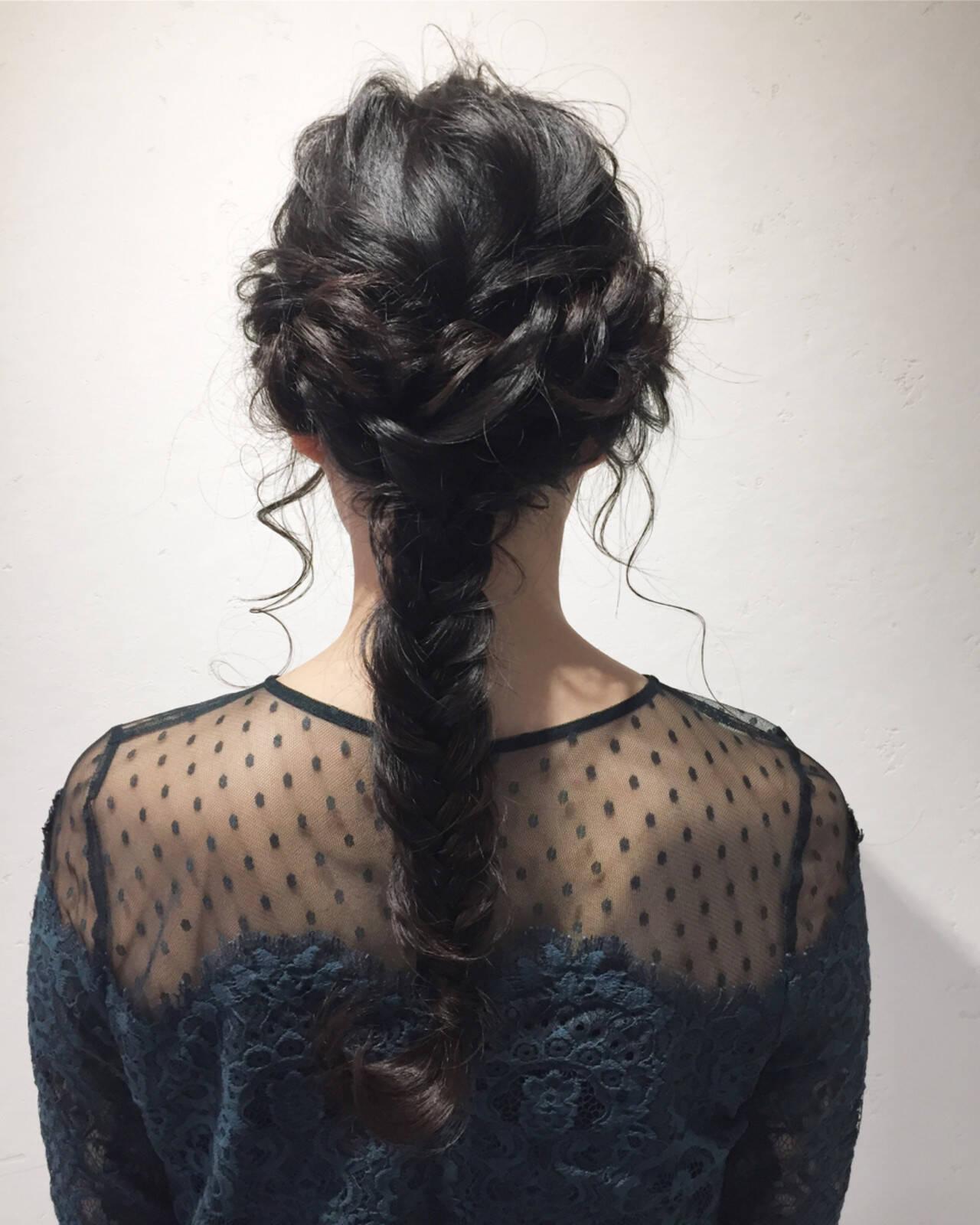 簡単ヘアアレンジ ナチュラル 結婚式 ロングヘアスタイルや髪型の写真・画像