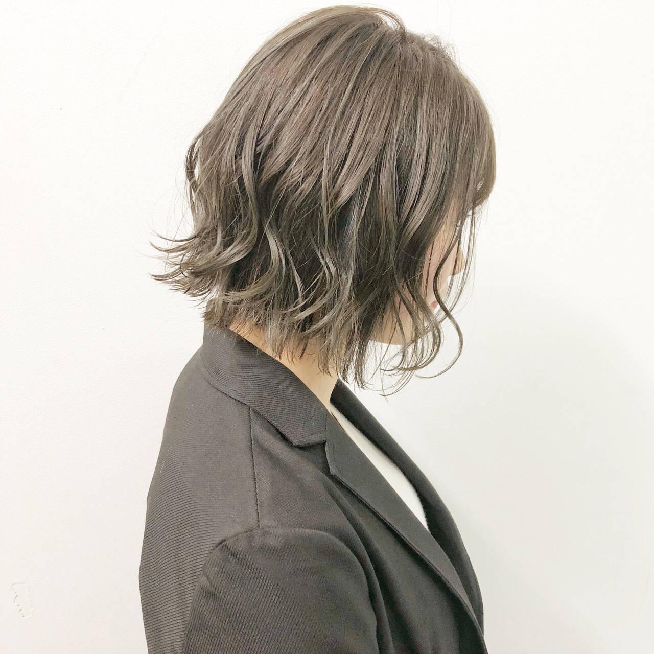 ボブ デート ナチュラル スポーツヘアスタイルや髪型の写真・画像
