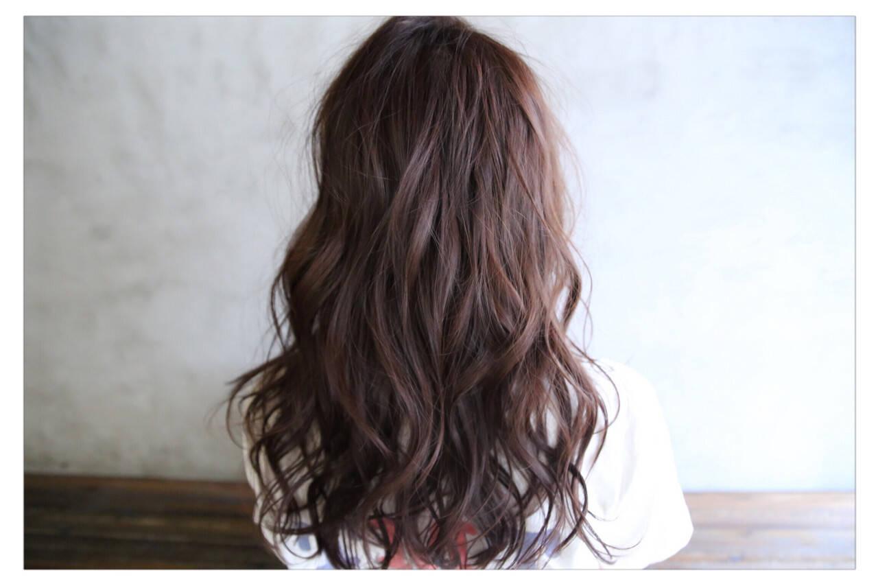 ベリーピンク 外国人風 セミロング フェミニンヘアスタイルや髪型の写真・画像