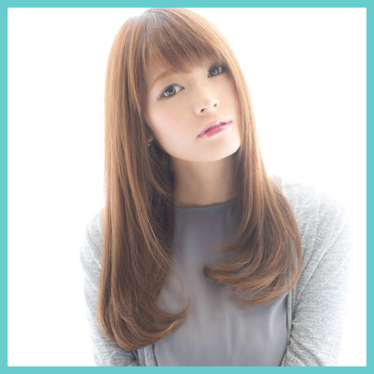グラデーションカラー ナチュラル セミロング 前髪ありヘアスタイルや髪型の写真・画像