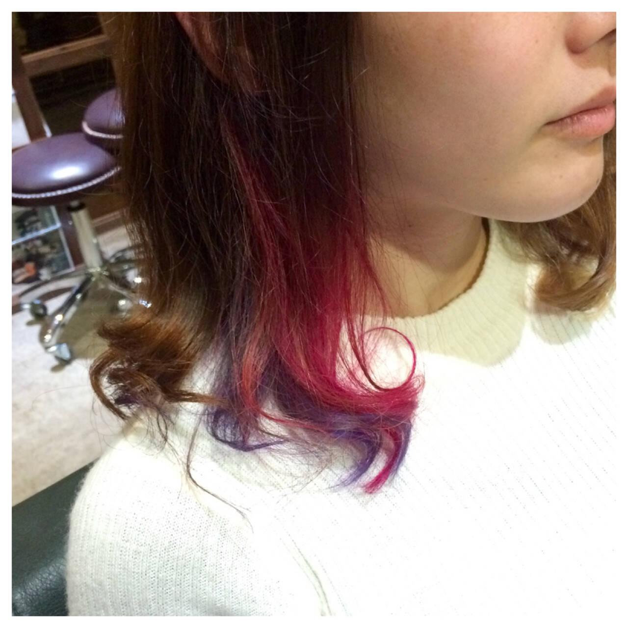 ミディアム ピンク ブリーチ インナーカラーヘアスタイルや髪型の写真・画像