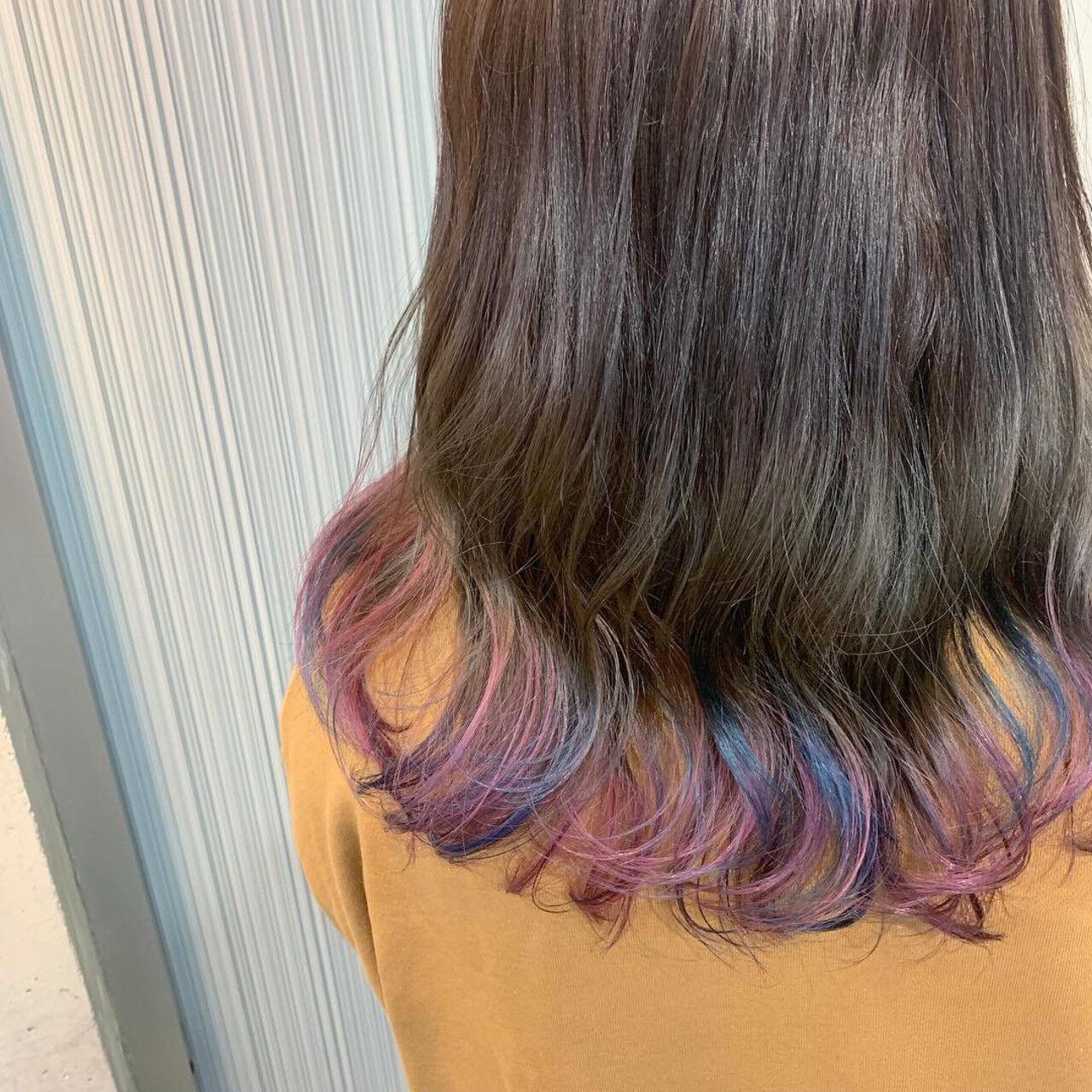 ダブルカラー ユニコーンカラー ストリート ミディアムヘアスタイルや髪型の写真・画像