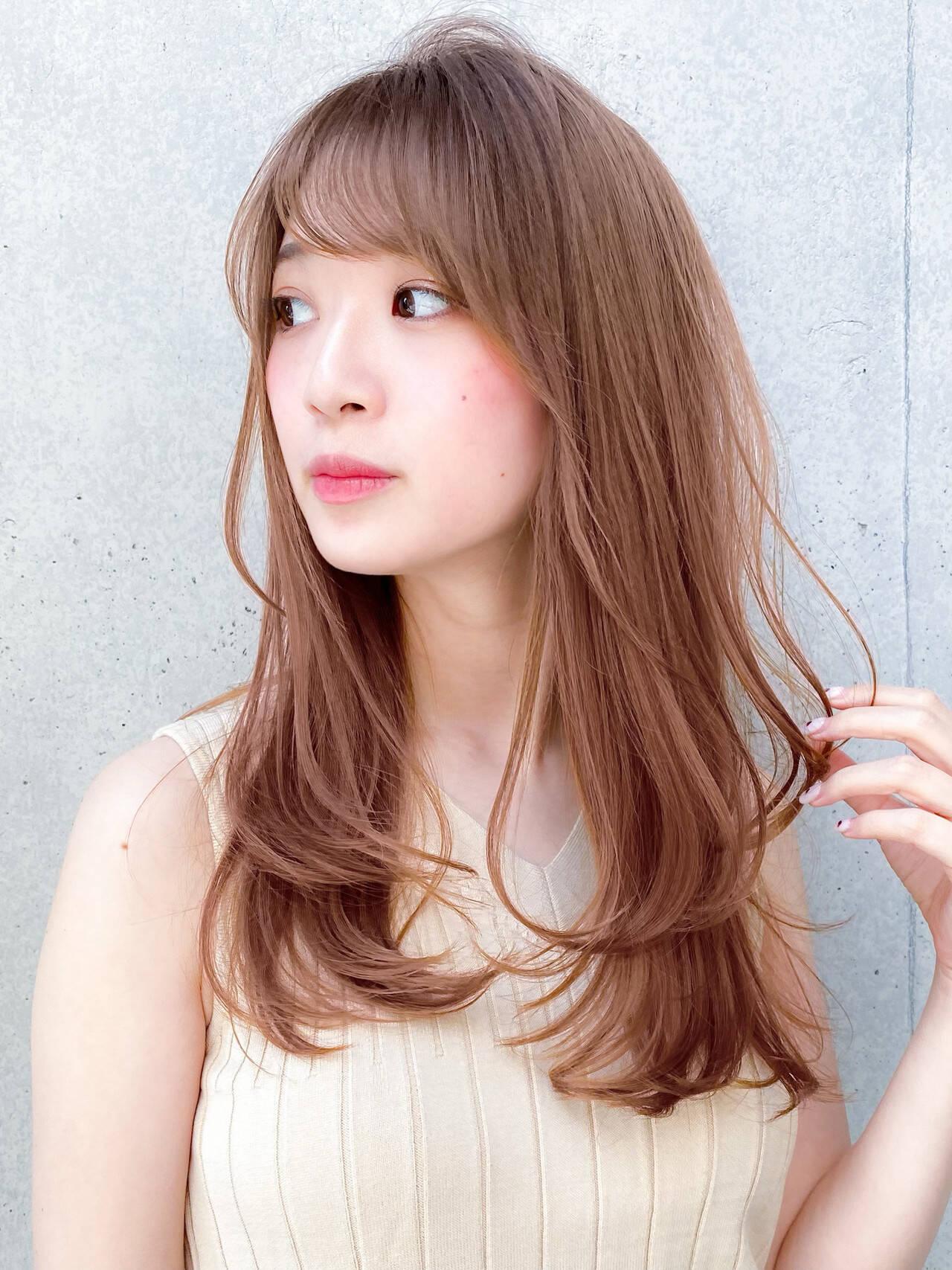 ハイトーンカラー レイヤー ナチュラル デジタルパーマヘアスタイルや髪型の写真・画像