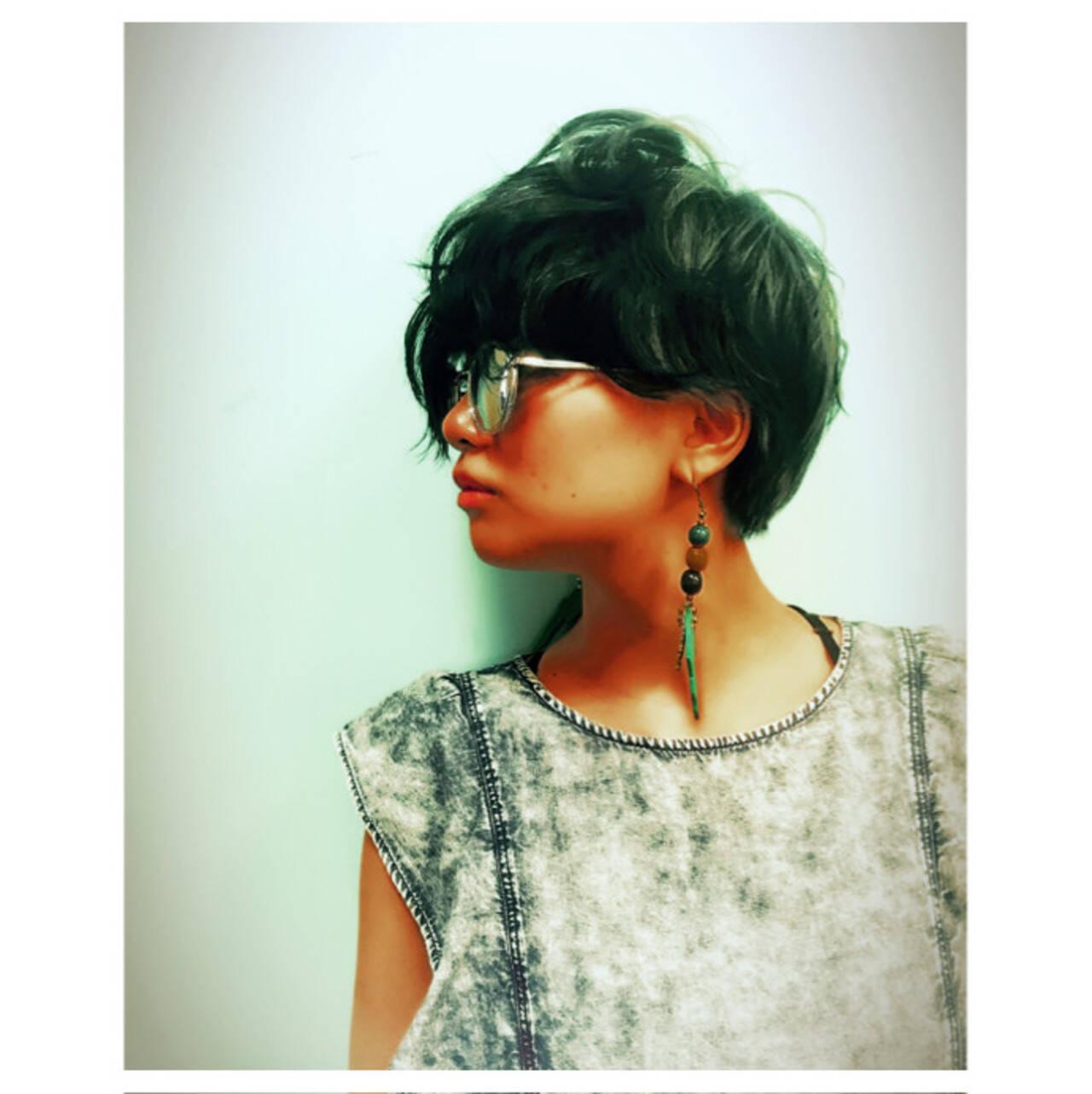 グラデーションカラー 暗髪 モード ボブヘアスタイルや髪型の写真・画像
