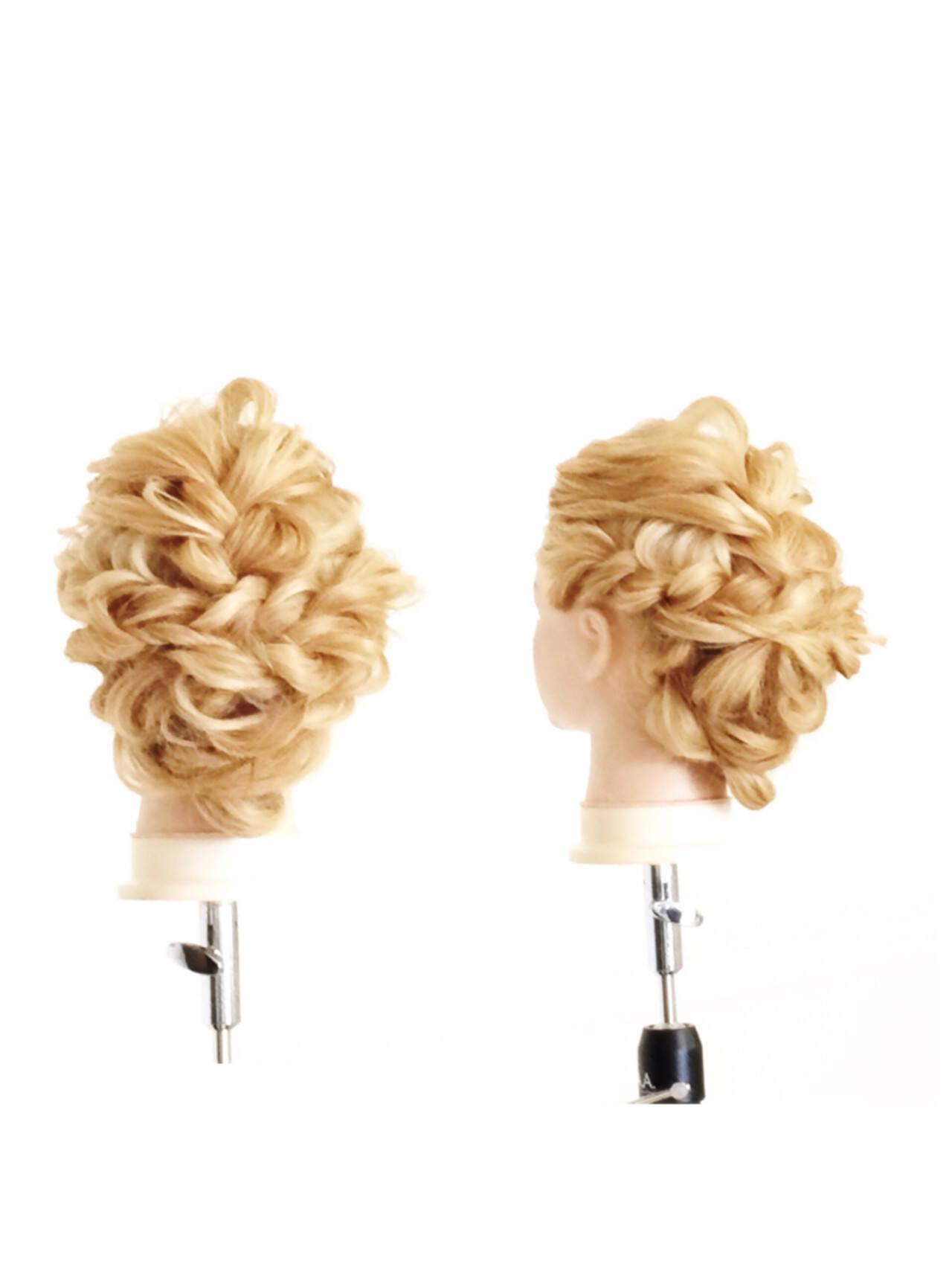 外国人風 くせ毛風 ヘアアレンジ 簡単ヘアアレンジヘアスタイルや髪型の写真・画像
