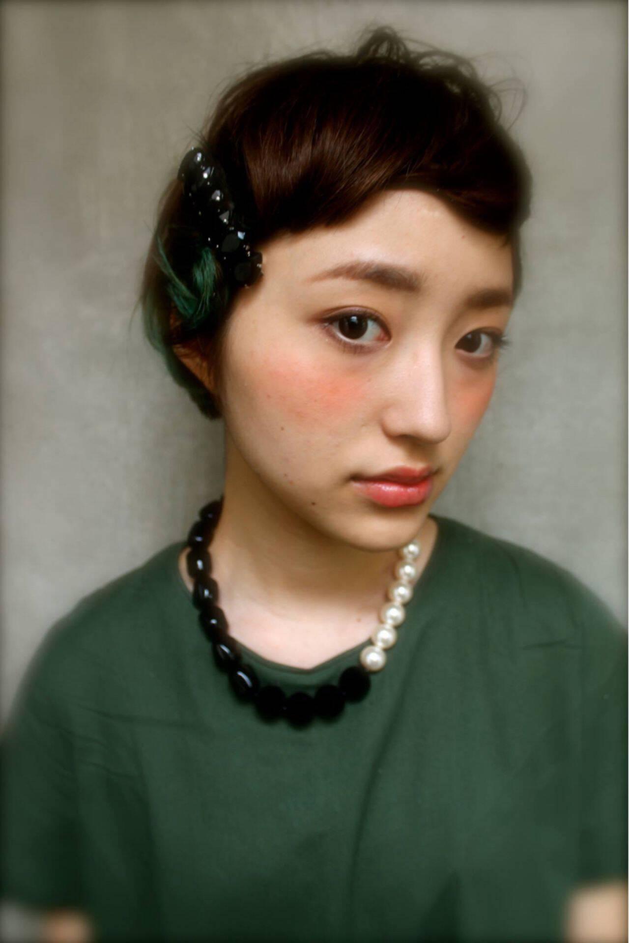 ヘアアレンジ ストレート 三つ編み ストリートヘアスタイルや髪型の写真・画像
