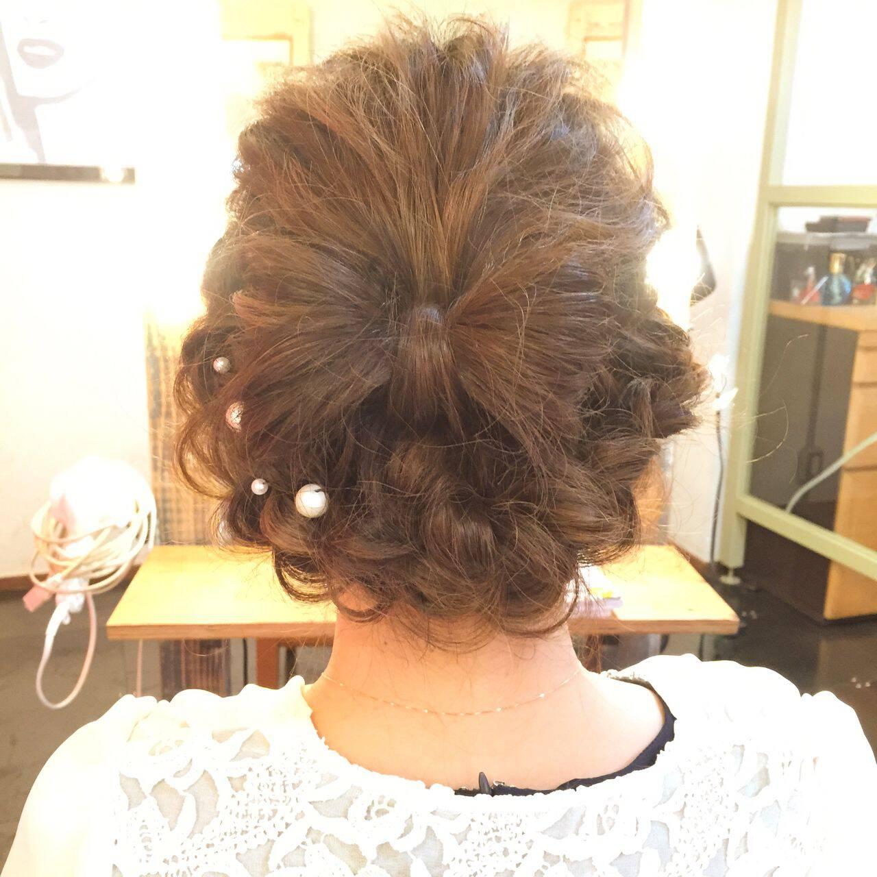 編み込み ヘアアレンジ ストリート ギブソンタックヘアスタイルや髪型の写真・画像