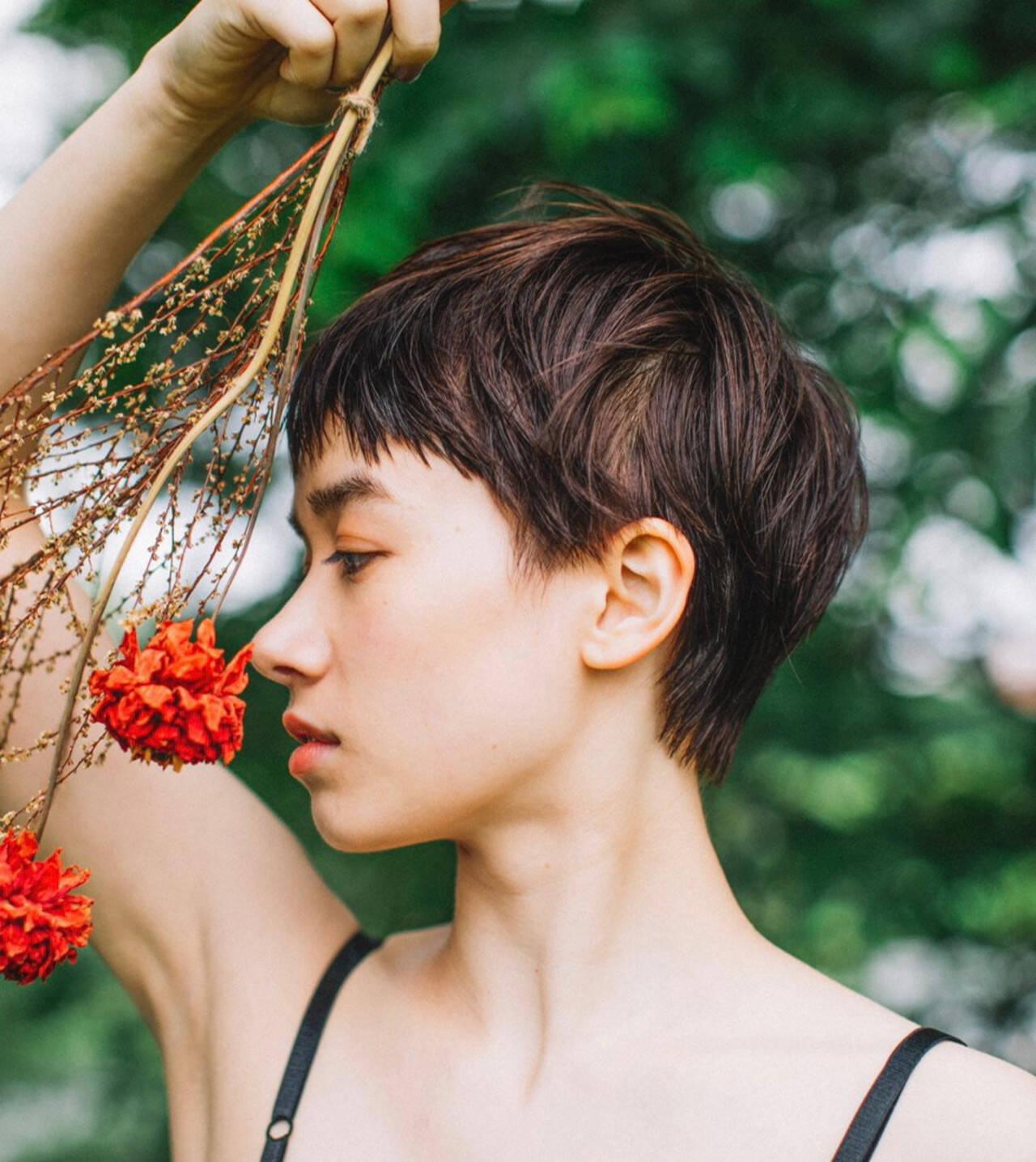 ショート デート パーマ ナチュラルヘアスタイルや髪型の写真・画像