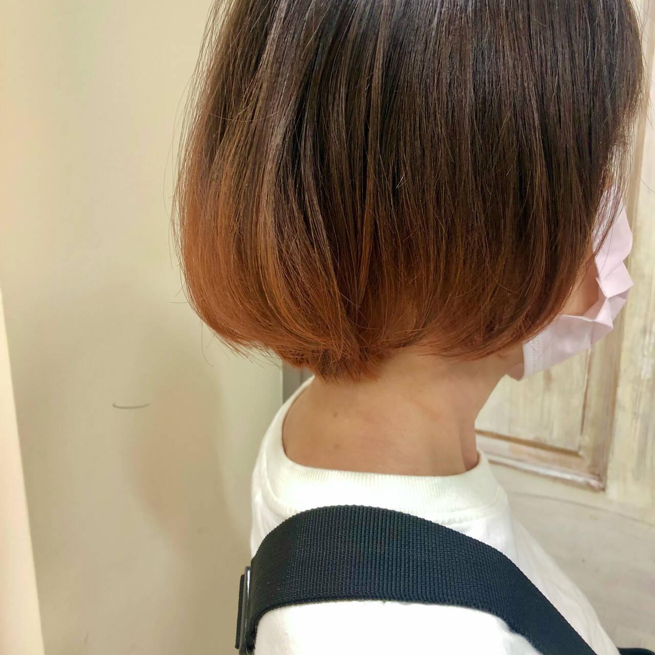 裾カラーオレンジ ショートボブ ナチュラル オレンジヘアスタイルや髪型の写真・画像