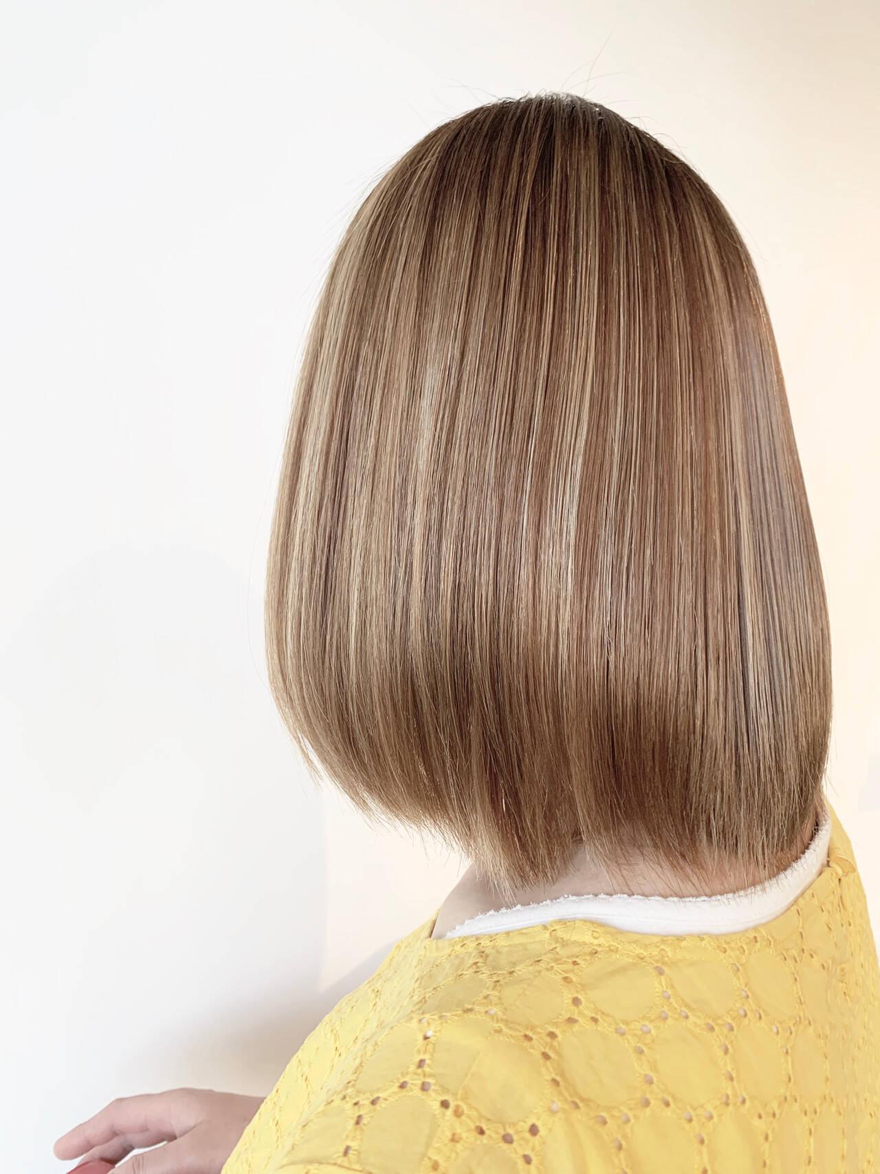 フェミニン 縮毛矯正 3Dハイライト 大人可愛いヘアスタイルや髪型の写真・画像