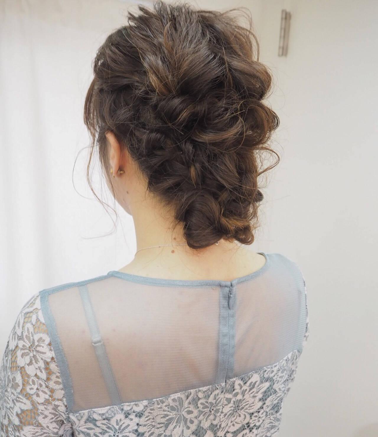 ナチュラル 編み込み ヘアアレンジ 簡単ヘアアレンジヘアスタイルや髪型の写真・画像