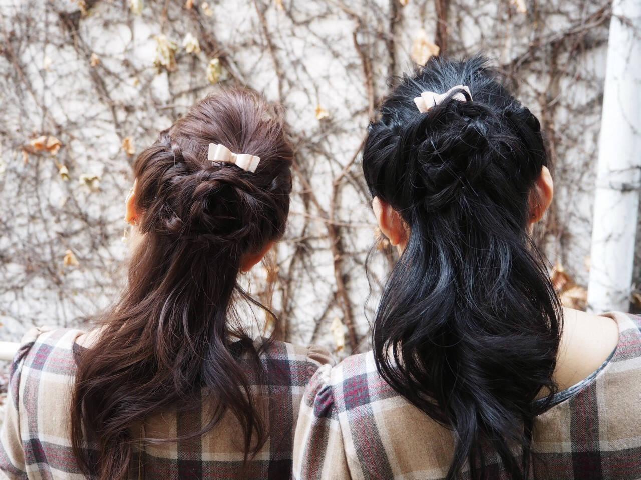 フェミニン ショート 簡単ヘアアレンジ 編み込みヘアスタイルや髪型の写真・画像