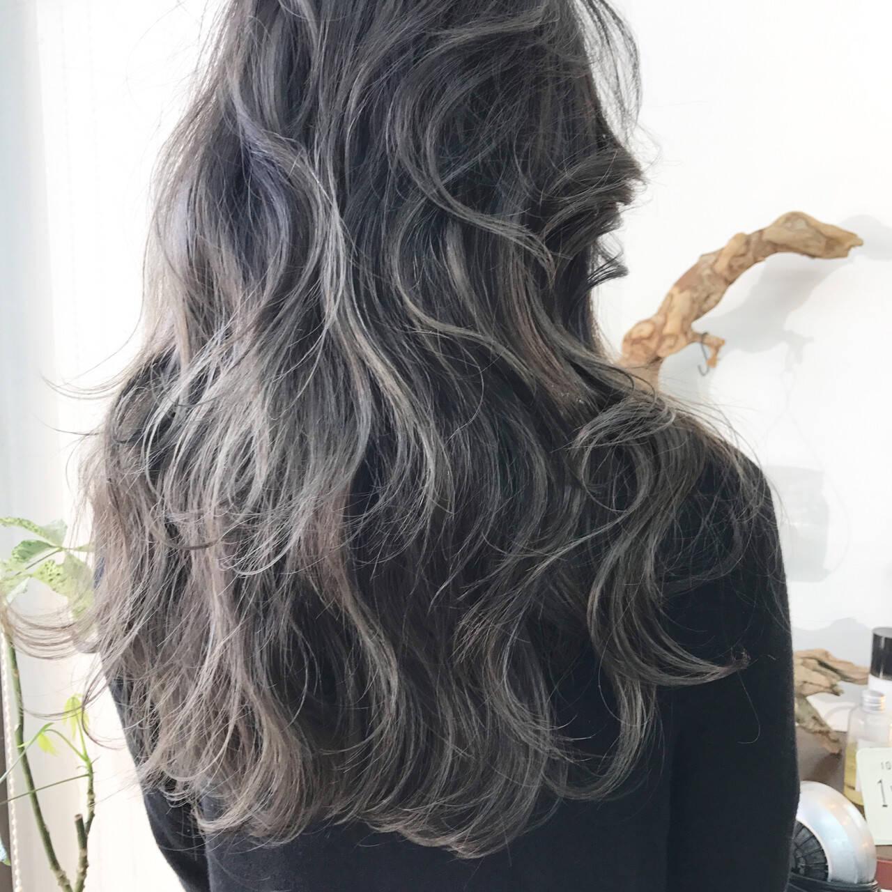 ロング エレガント 上品ヘアスタイルや髪型の写真・画像