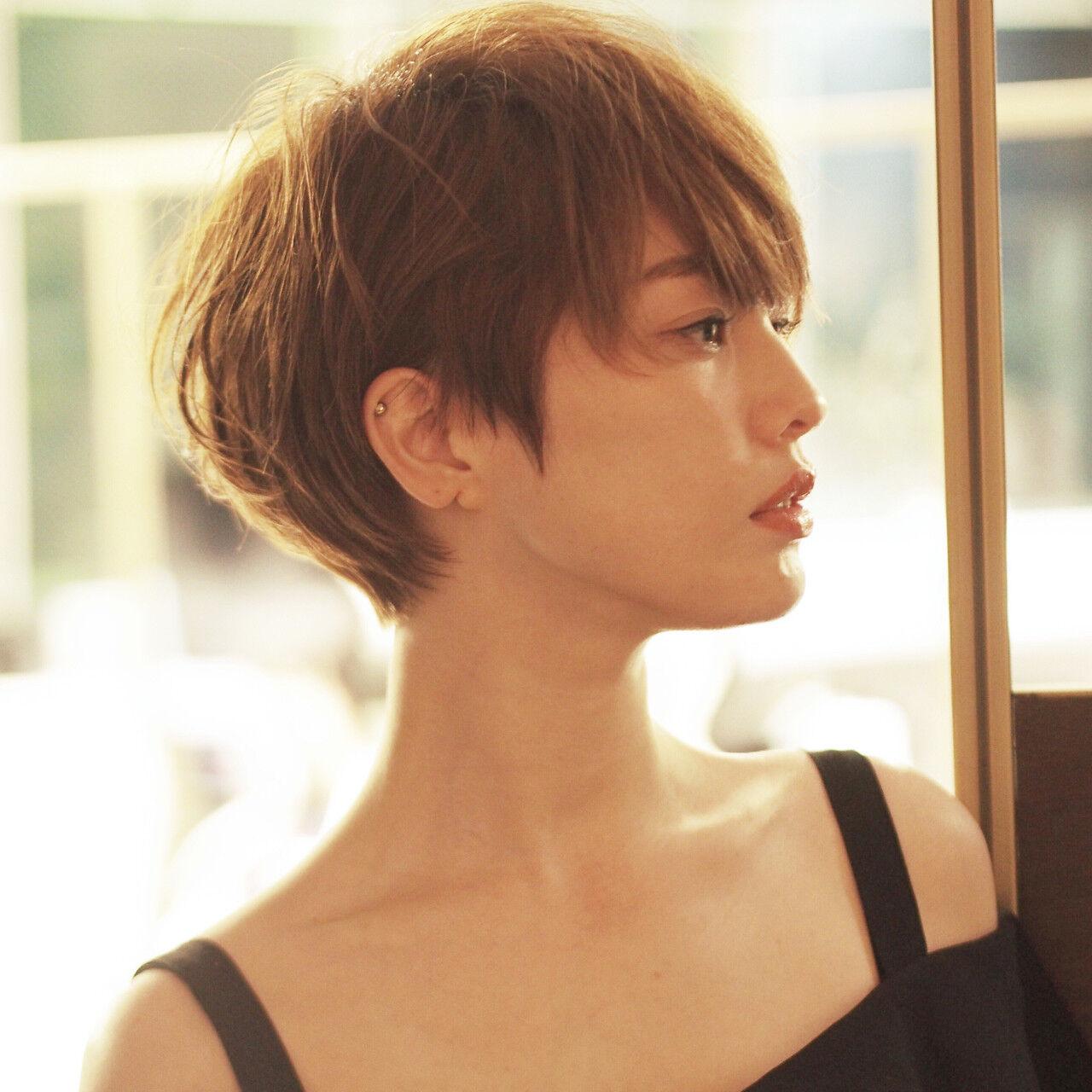 外国人風カラー ショート 小顔 大人女子ヘアスタイルや髪型の写真・画像