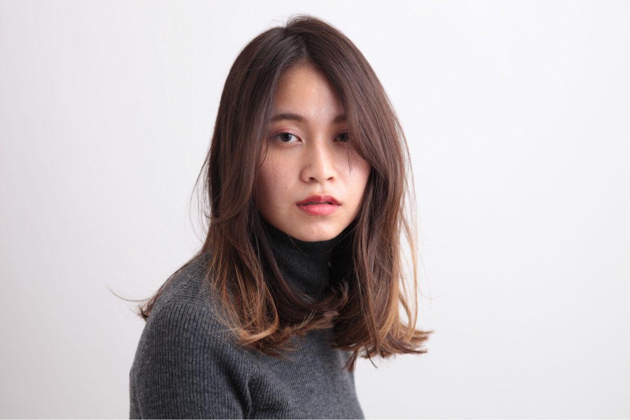 色気 ナチュラル 暗髪 ハイライトヘアスタイルや髪型の写真・画像
