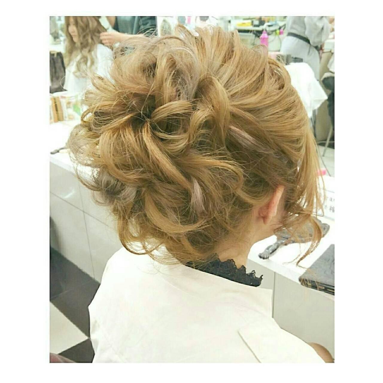 ゆるふわ シニヨン ナチュラル ロングヘアスタイルや髪型の写真・画像