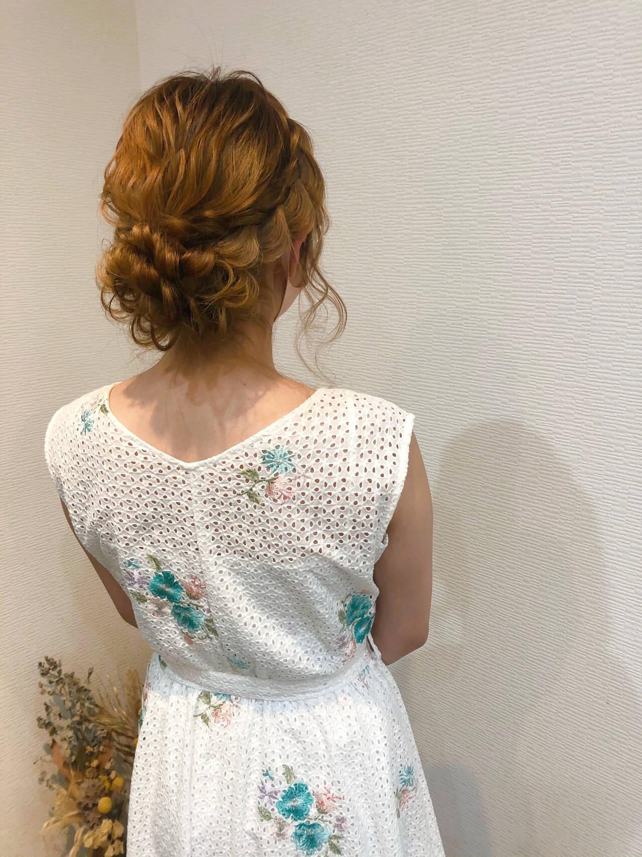 編み込みヘア ヘアアレンジ セミロング 編み込みヘアスタイルや髪型の写真・画像