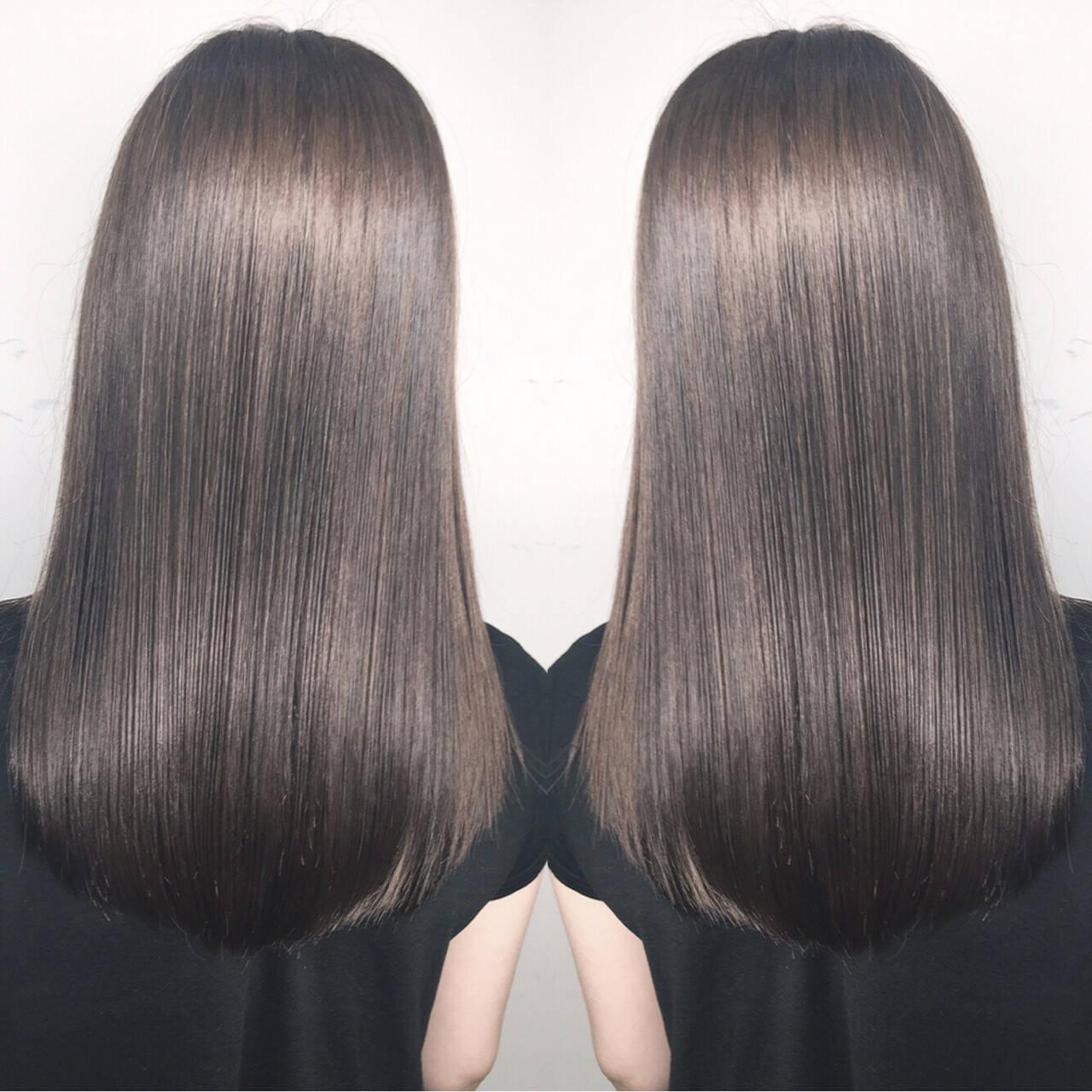 リラックス ハイライト デート ナチュラルヘアスタイルや髪型の写真・画像