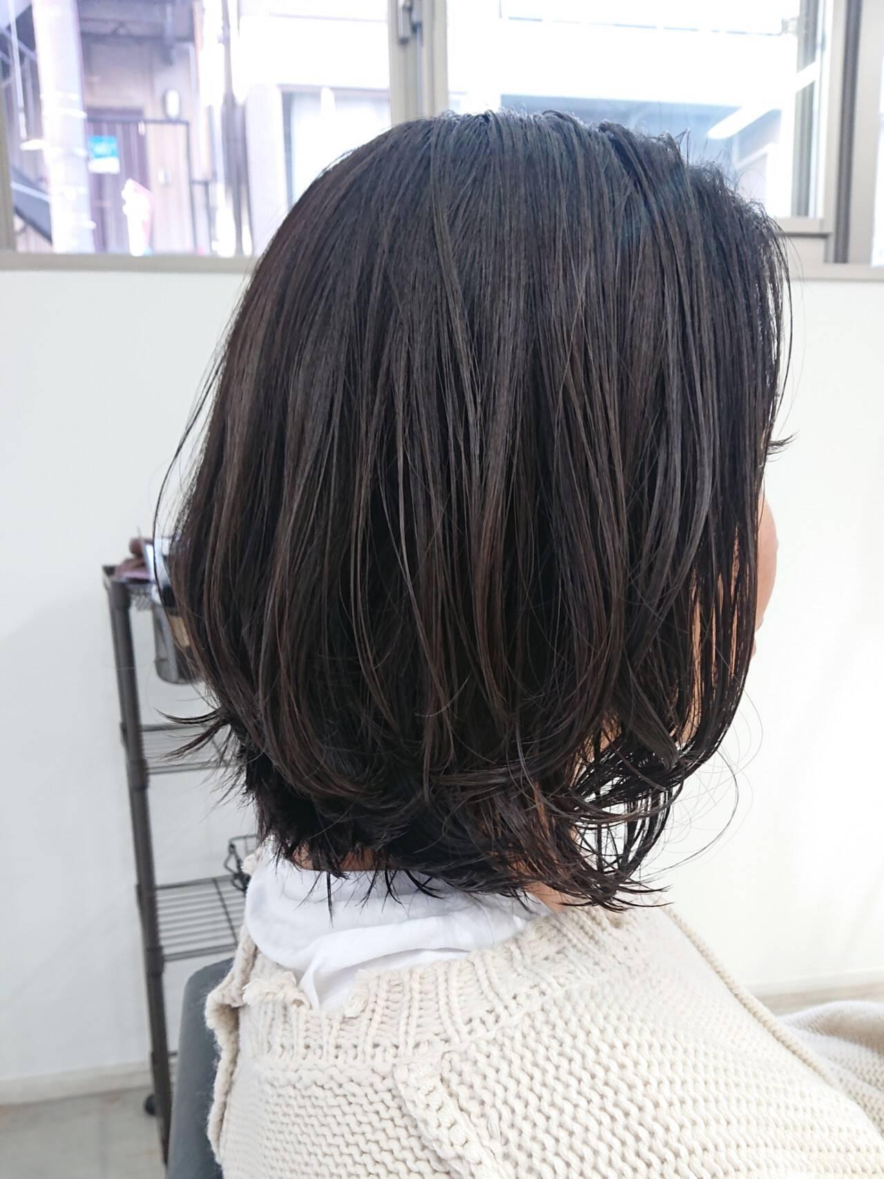 デザインカラー 暗髪 ボブ 透明感ヘアスタイルや髪型の写真・画像