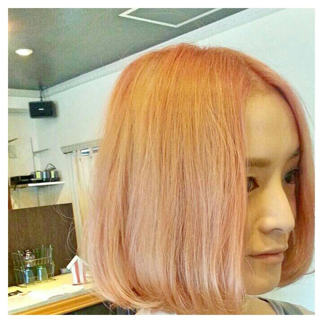 ストレート ストリート ボブ ダブルカラーヘアスタイルや髪型の写真・画像