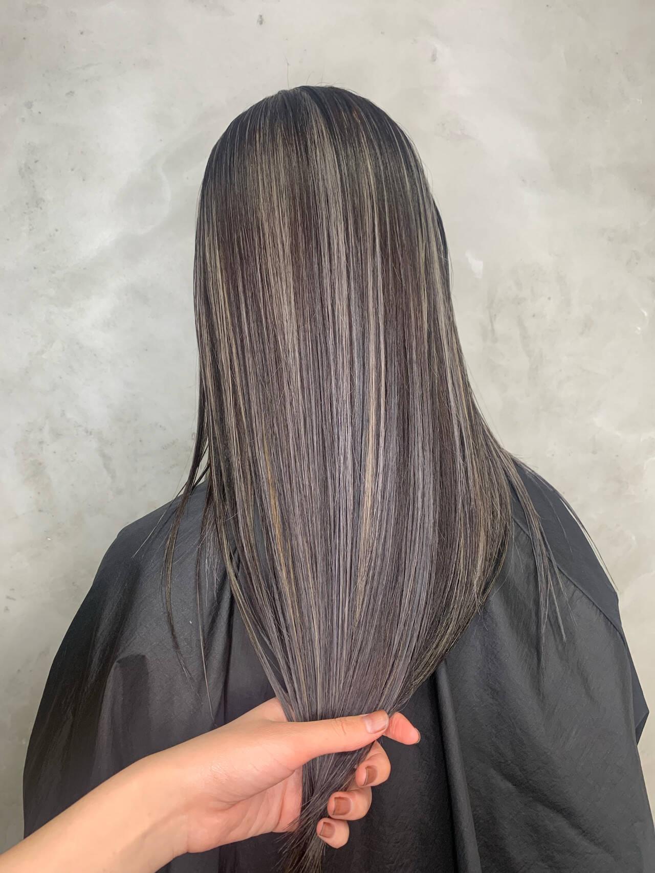 モード 3Dハイライト ホワイトシルバー ハイライトヘアスタイルや髪型の写真・画像