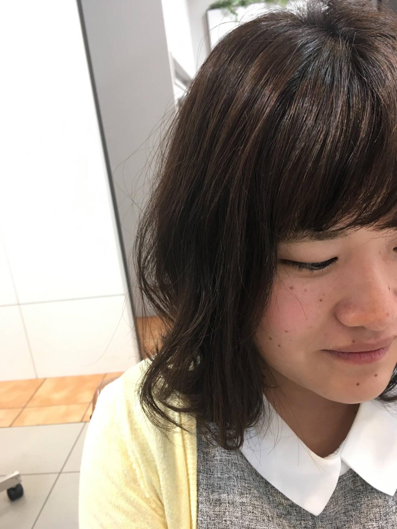 ミディアム 透明感 アッシュ セミロングヘアスタイルや髪型の写真・画像