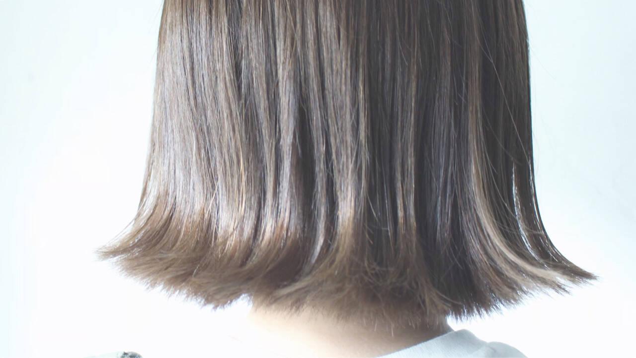 切りっぱなし ロブ ボブ グレージュヘアスタイルや髪型の写真・画像