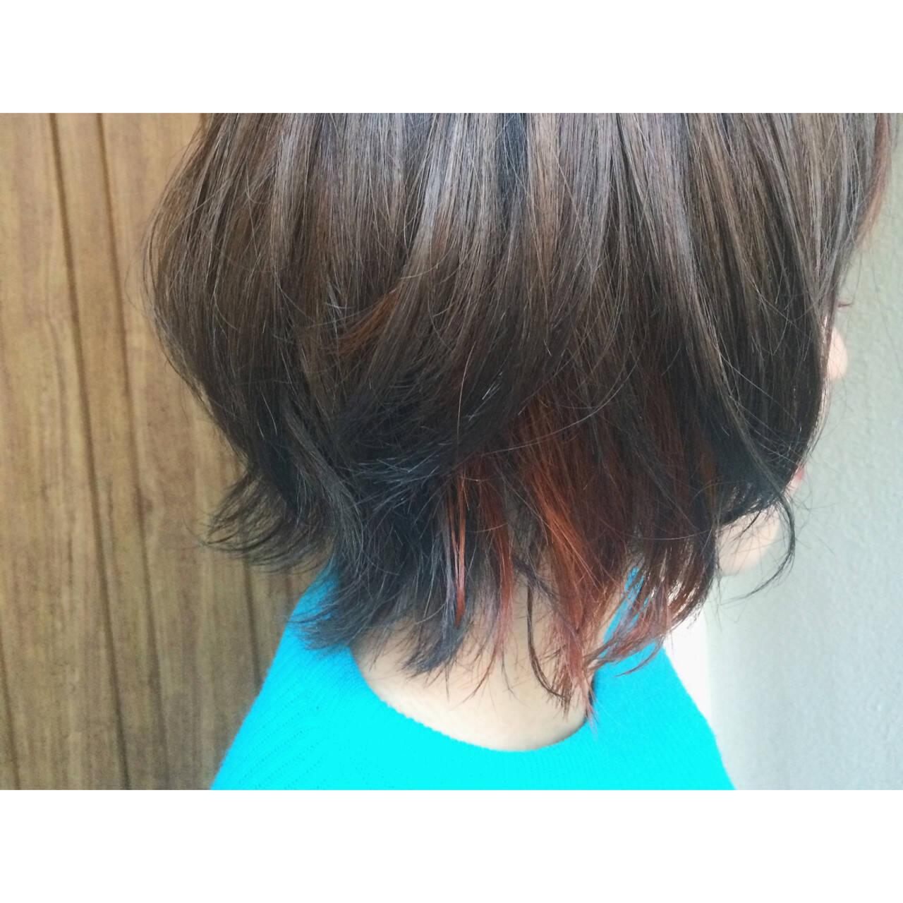 インナーカラー ゆるふわ アッシュ ストリートヘアスタイルや髪型の写真・画像