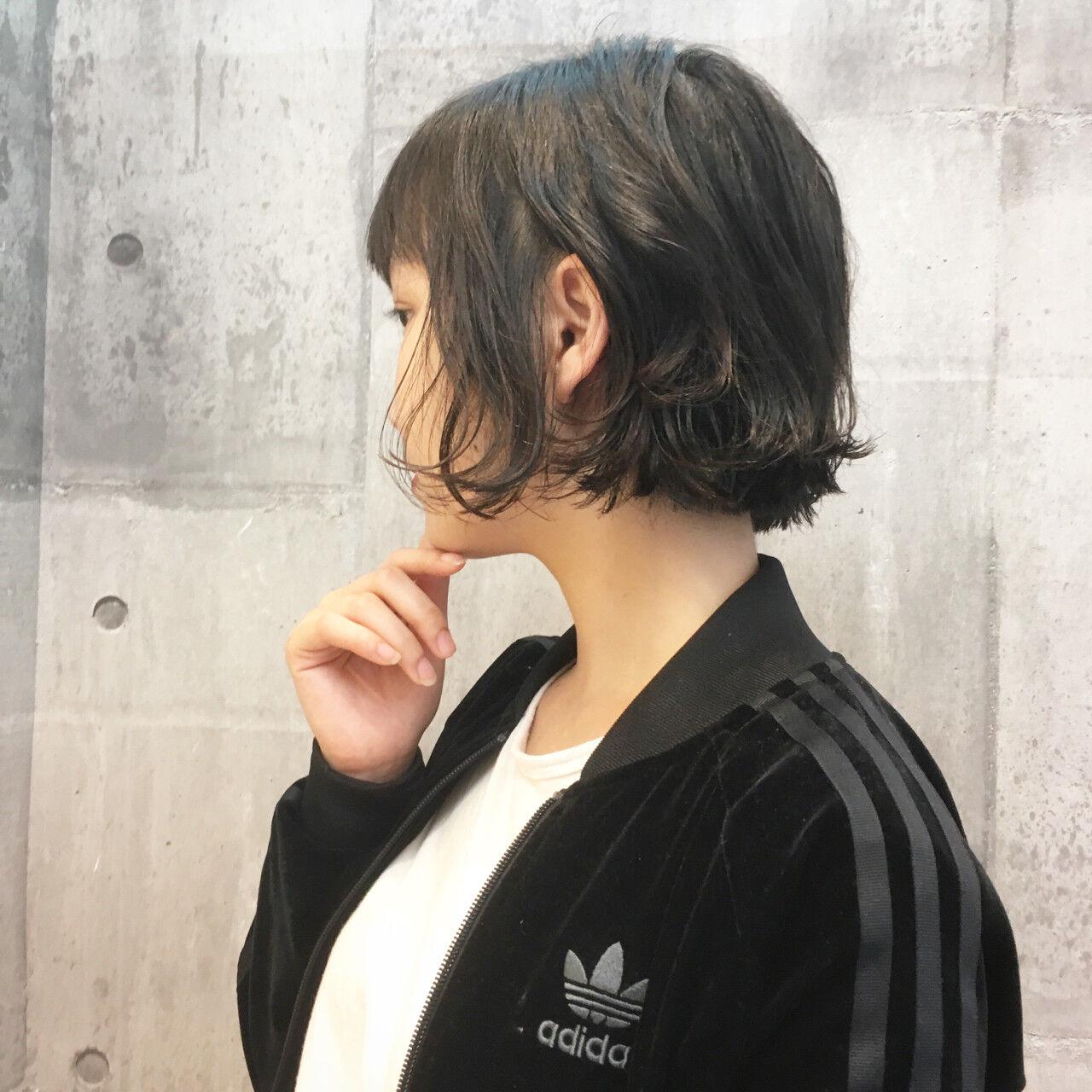 前髪あり 切りっぱなし ウェットヘア 抜け感ヘアスタイルや髪型の写真・画像