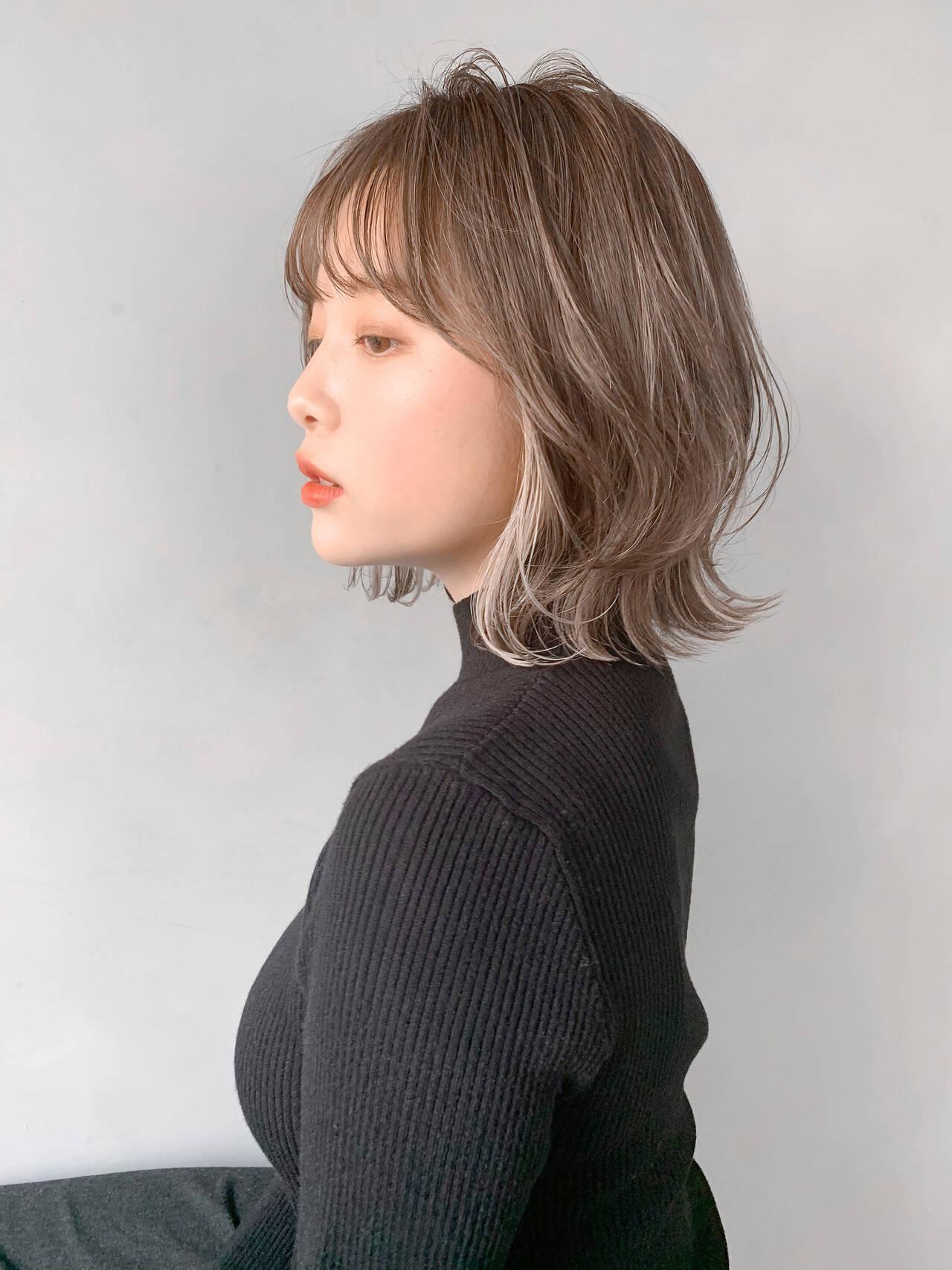 ひし形シルエット 大人かわいい デジタルパーマ ミディアムヘアスタイルや髪型の写真・画像