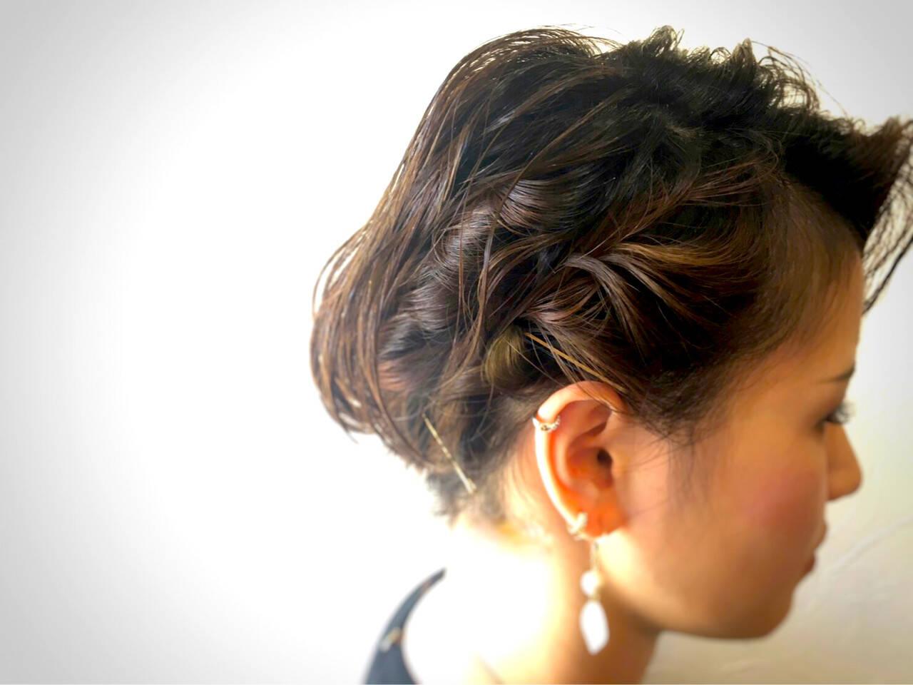 ヘアアレンジ ガーリー 編み込み フィッシュボーンヘアスタイルや髪型の写真・画像
