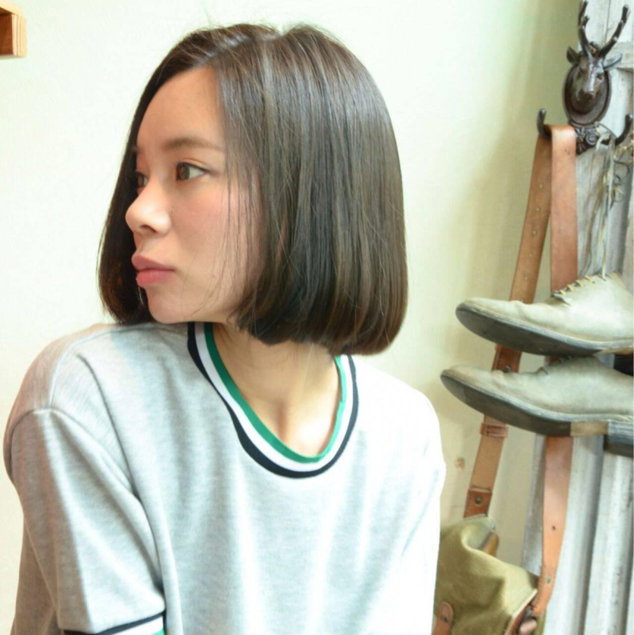 ショート ナチュラル 暗髪 ボブヘアスタイルや髪型の写真・画像