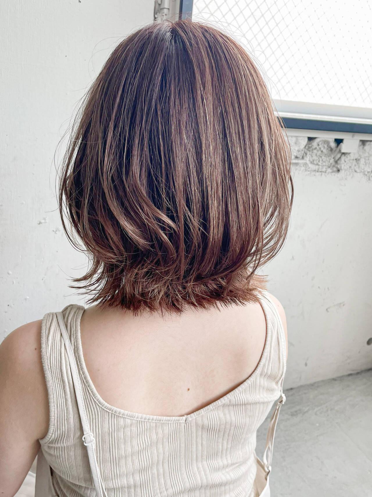 切りっぱなしボブ ミニボブ 透明感カラー インナーカラーヘアスタイルや髪型の写真・画像