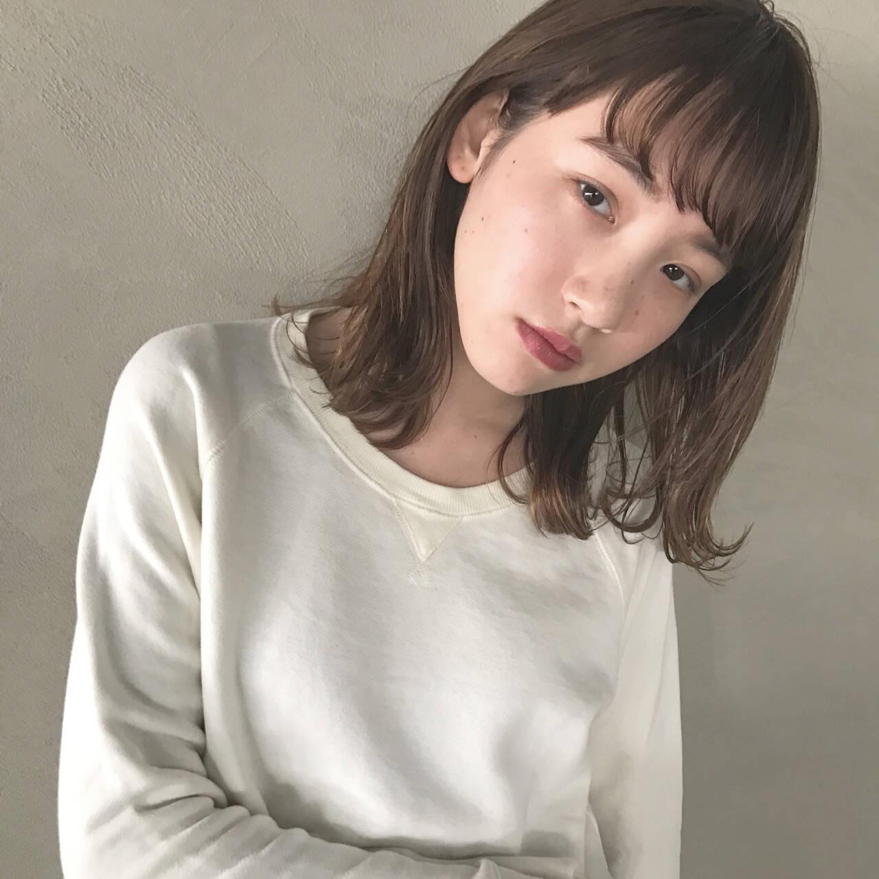 大人かわいい ミディアム 色気 ニュアンスヘアスタイルや髪型の写真・画像