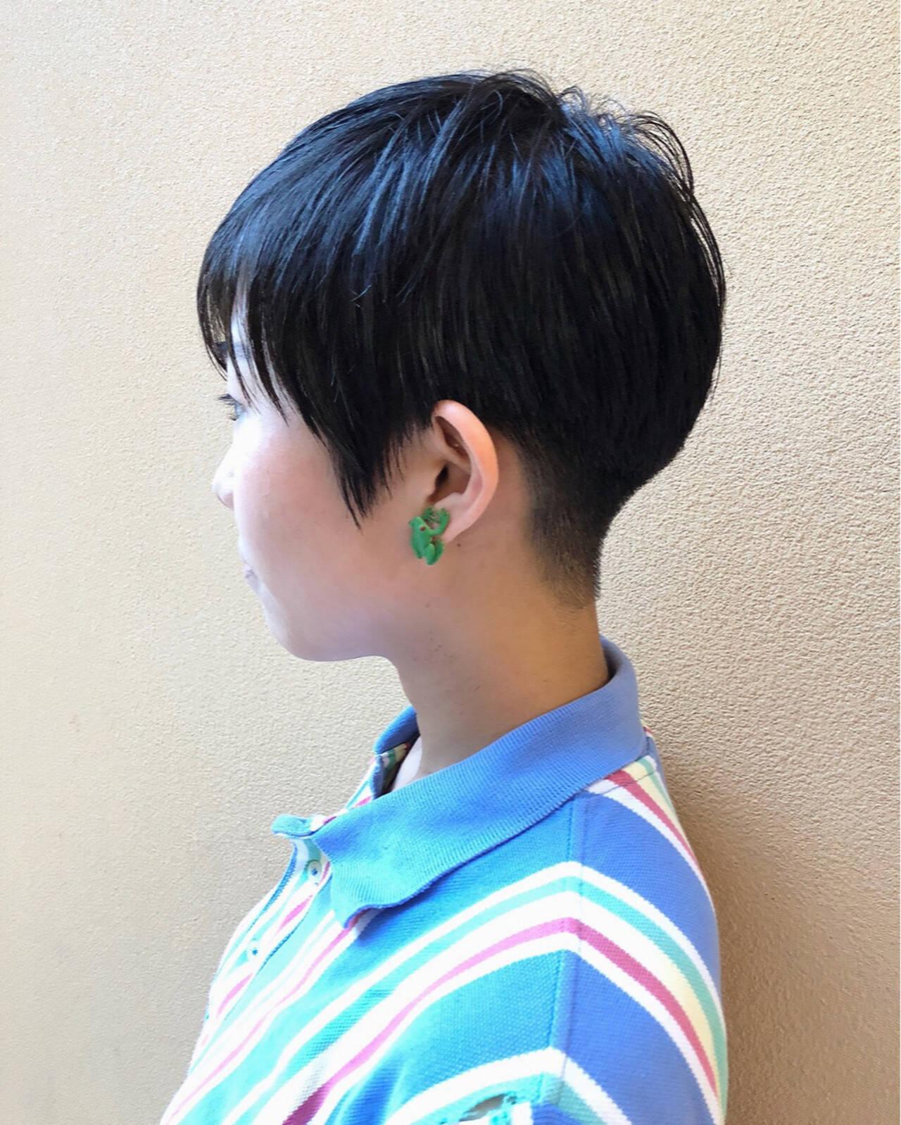 刈り上げ 大人女子 ベリーショート 小顔ヘアスタイルや髪型の写真・画像