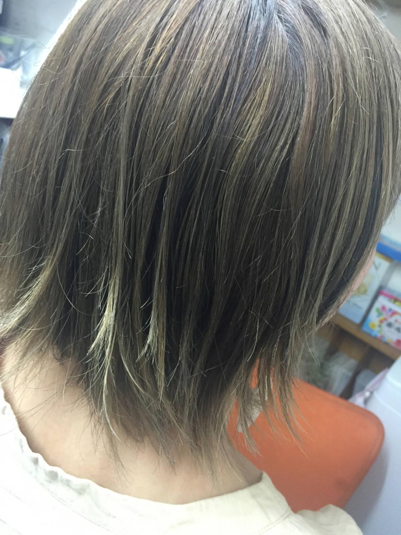 ナチュラル アッシュ ボブ グラデーションカラーヘアスタイルや髪型の写真・画像