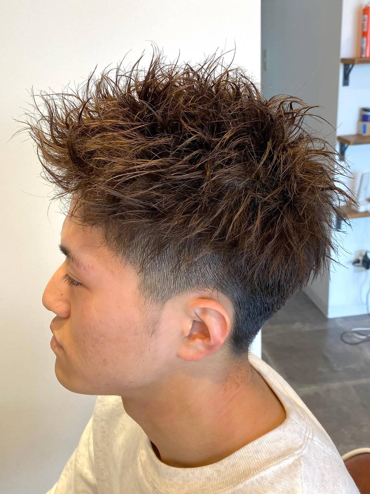メンズショート ショート メンズパーマ ツイストヘアスタイルや髪型の写真・画像